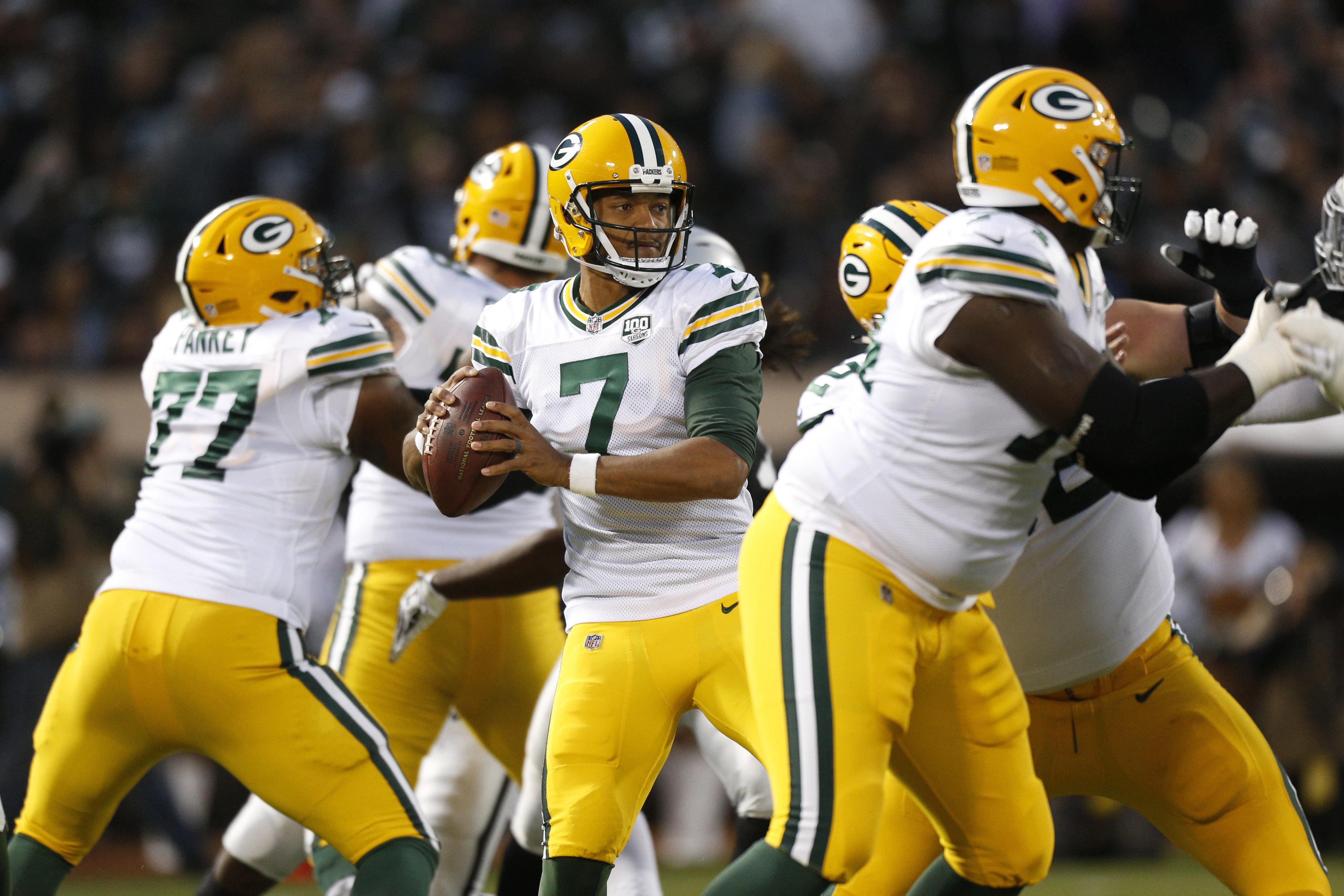 NFL: Green Bay Packers at Oakland Raiders