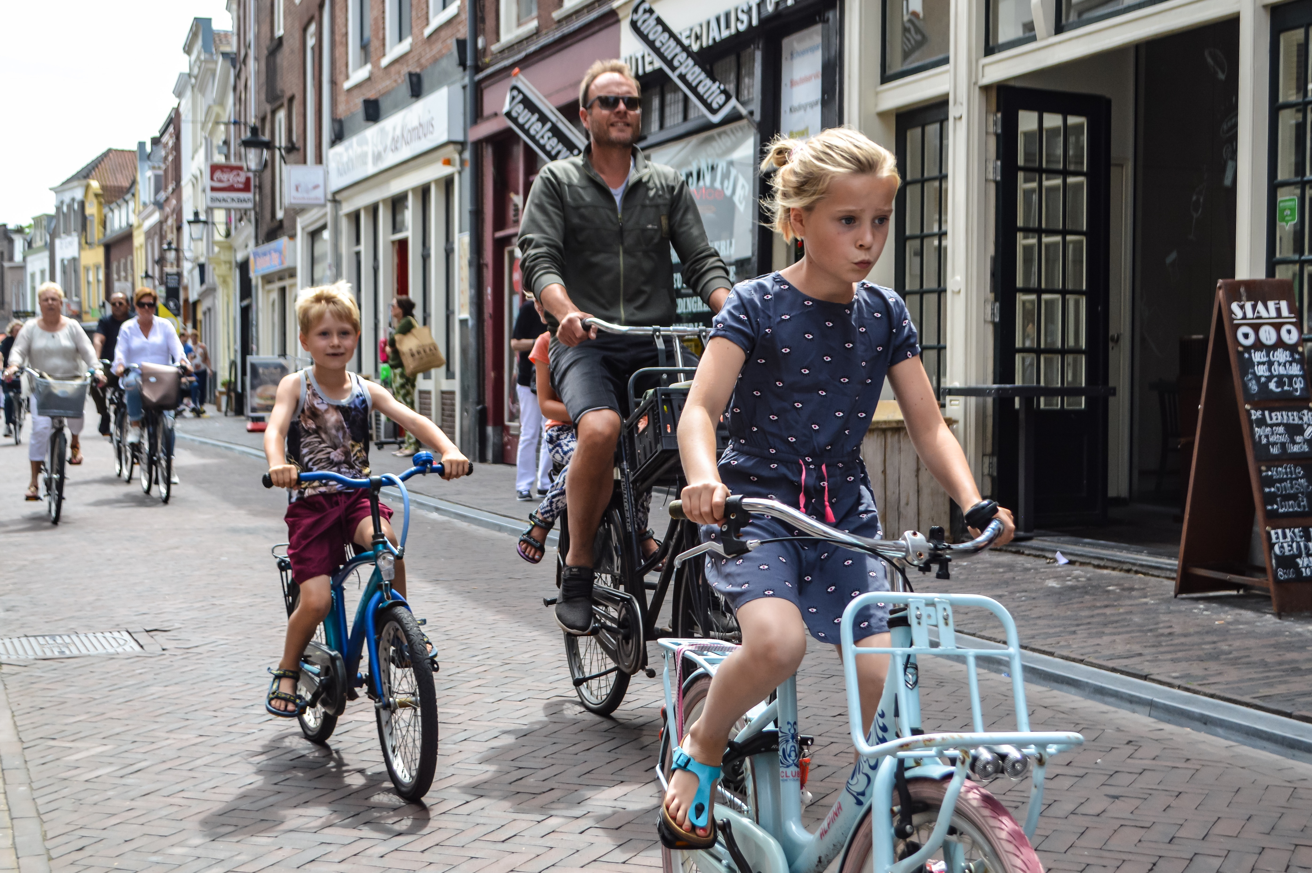 No helmets, no problem: how the Dutch created a casual biking culture