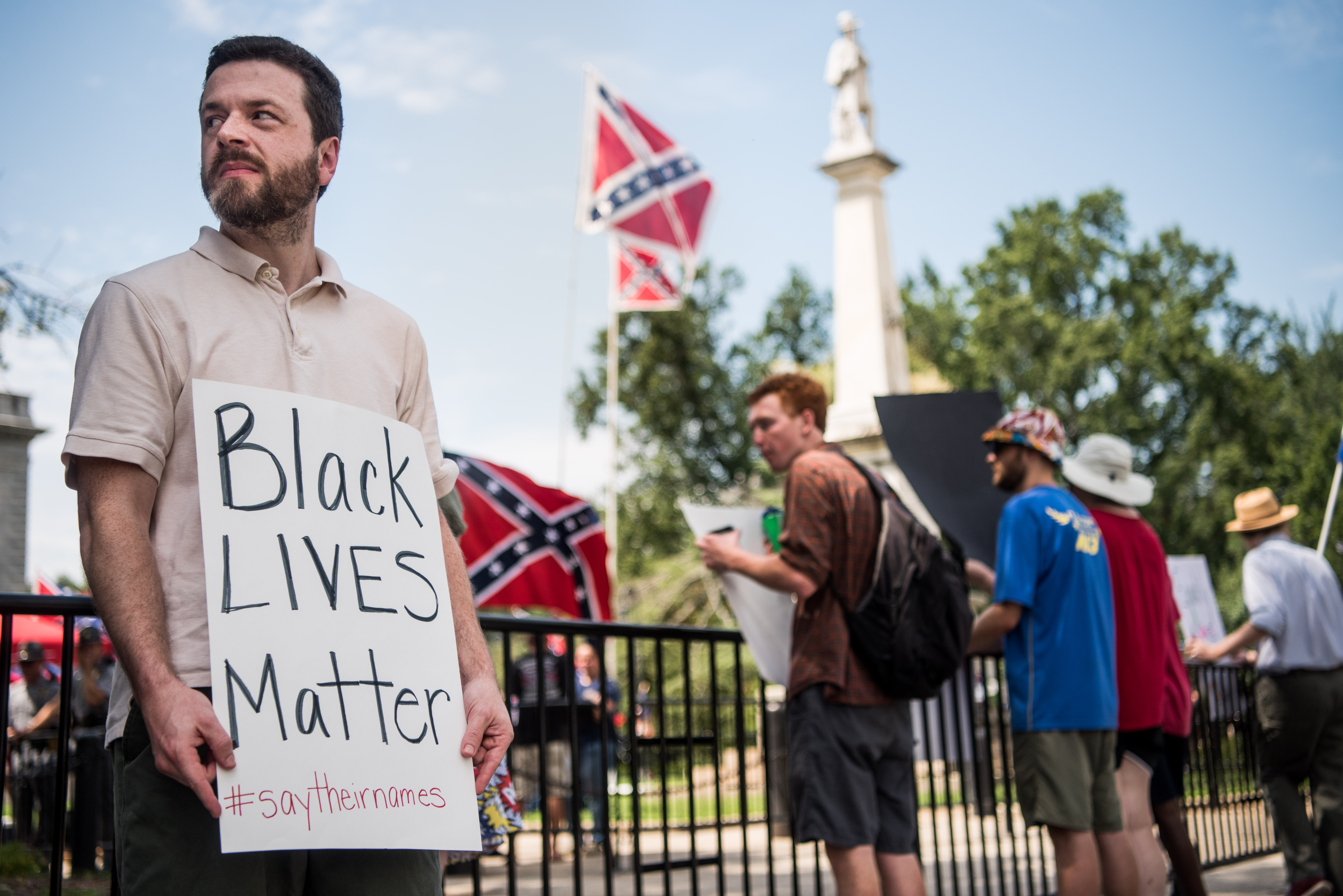 Activists Raise Confederate Flag At SC Statehouse 2 Years After Its Removal