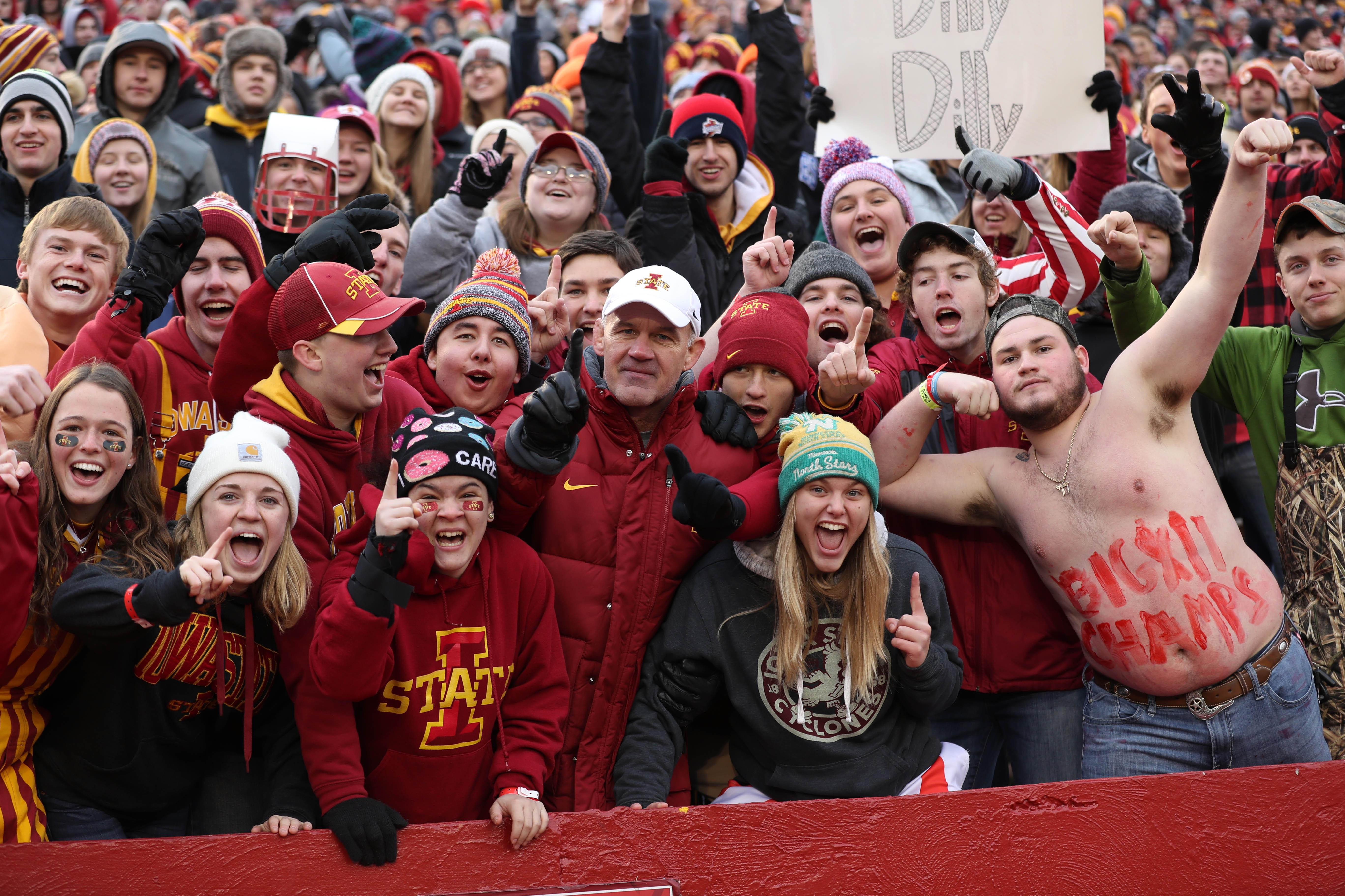 NCAA Football: Oklahoma State at Iowa State