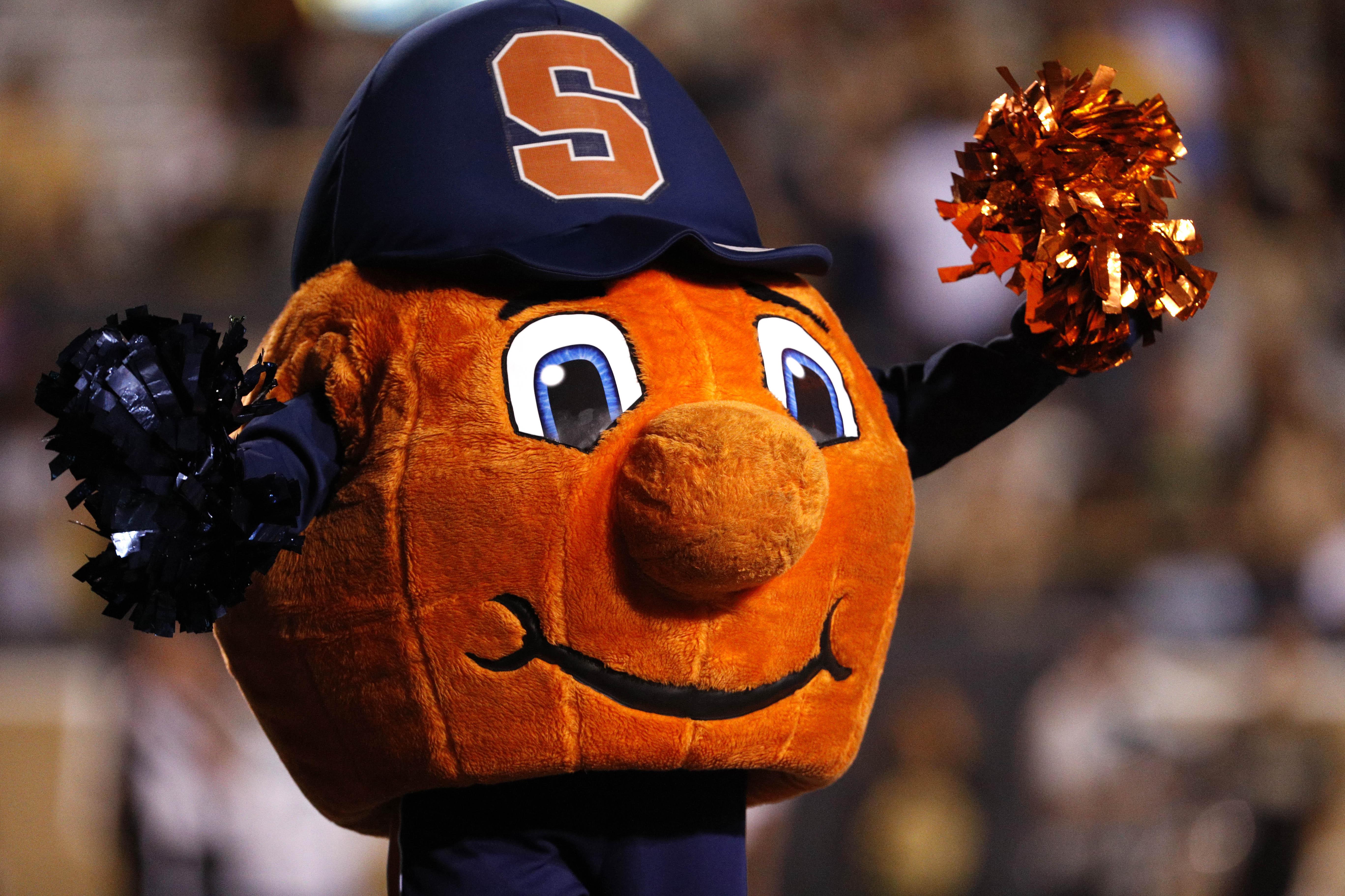 NCAA Football: Syracuse at Western Michigan