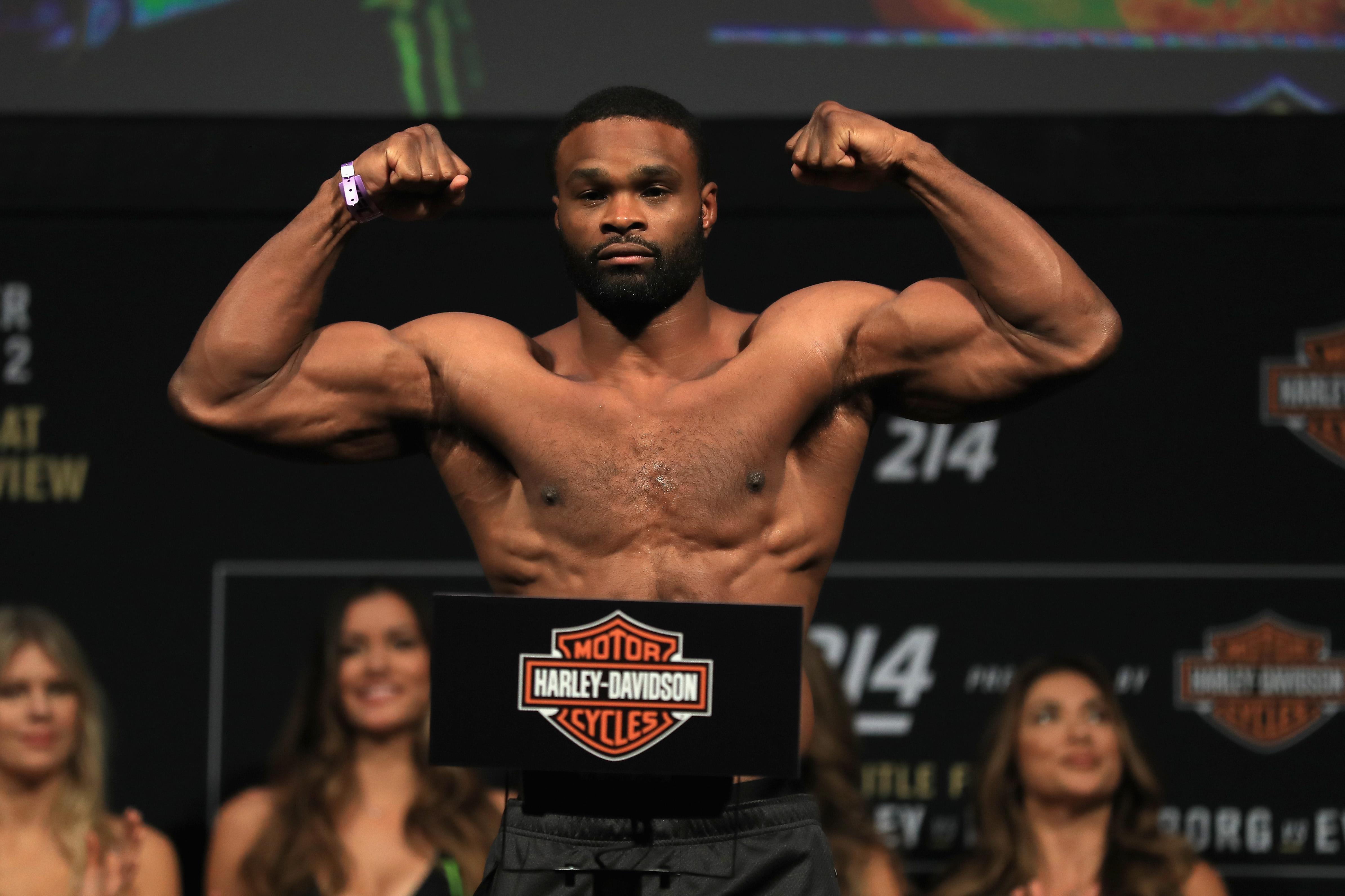 UFC 214: Weigh-ins