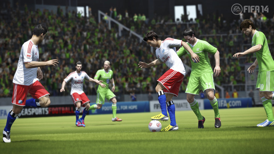FIFA 14 introduces precision movement and improves team intelligence