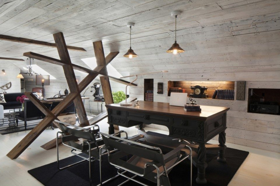 A Hamptons Home Office Combines Bucolic and Industrial