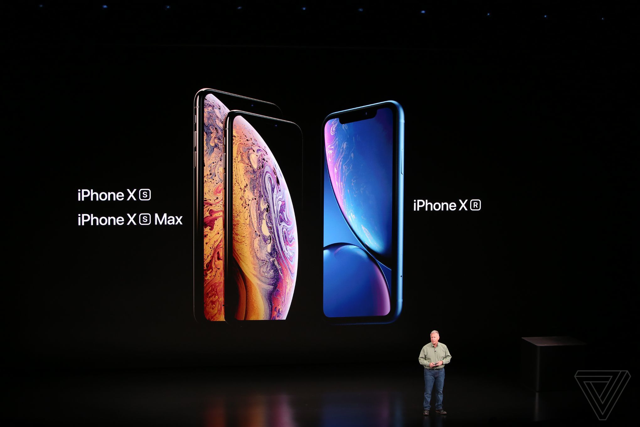 Apple S Iphone Xs And Max Range From 999 To 1 449 The Verge