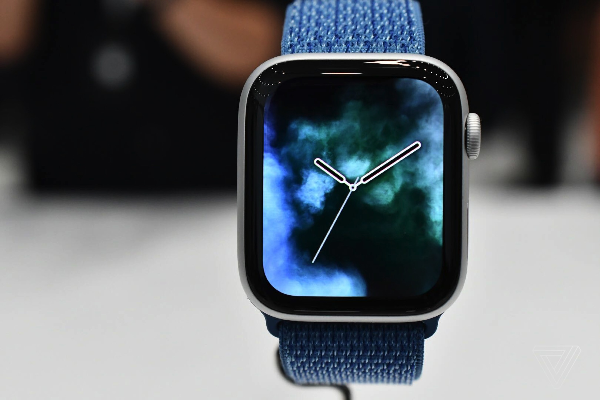 328ee946776d Apple Watch 4 hands-on  bigger is better - The Verge