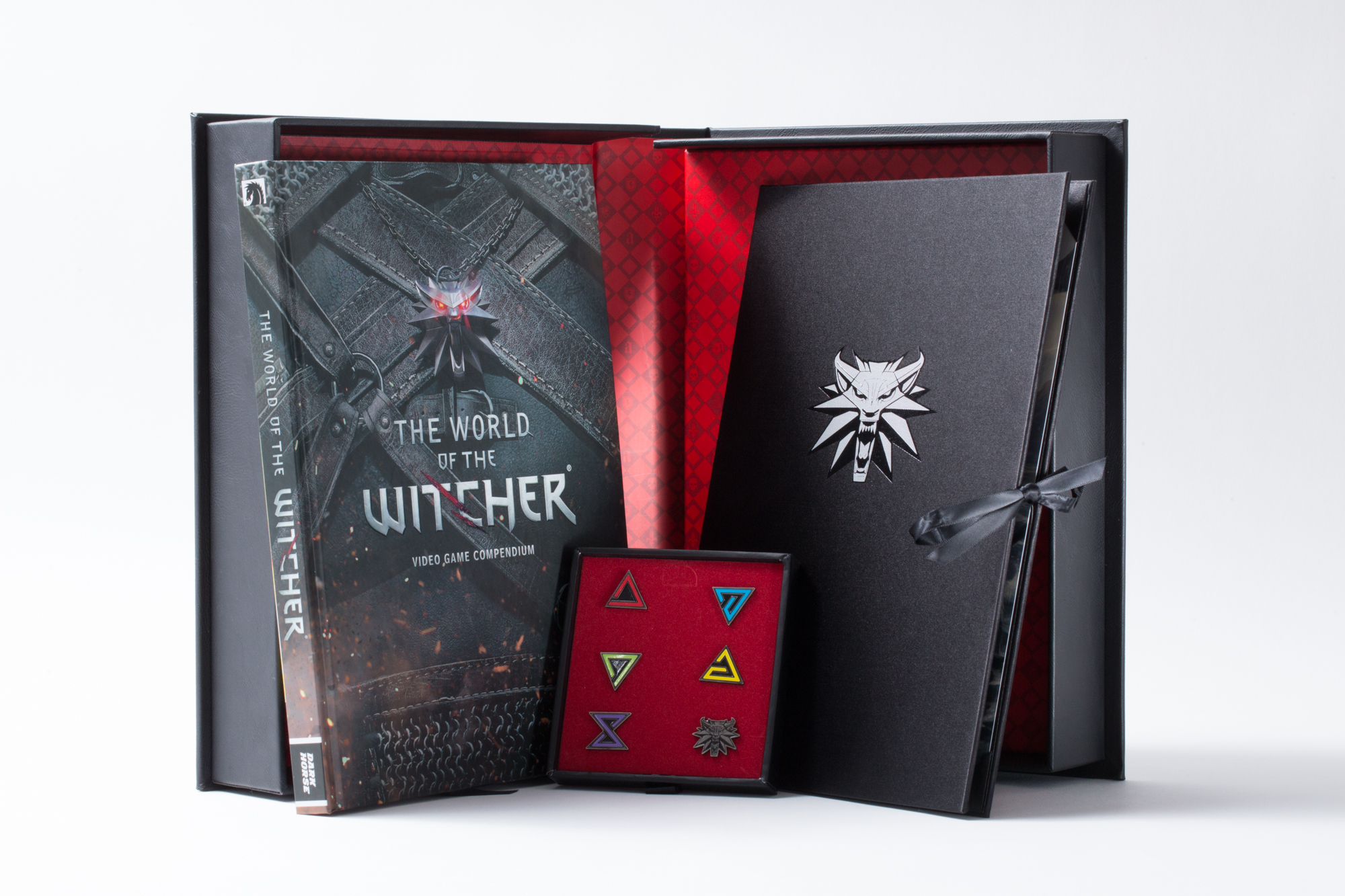 This is what a $100 Witcher lore compendium looks like