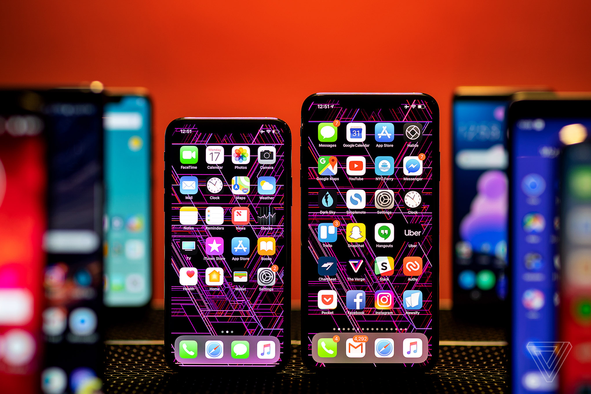 how to shut down apps iphone xs max