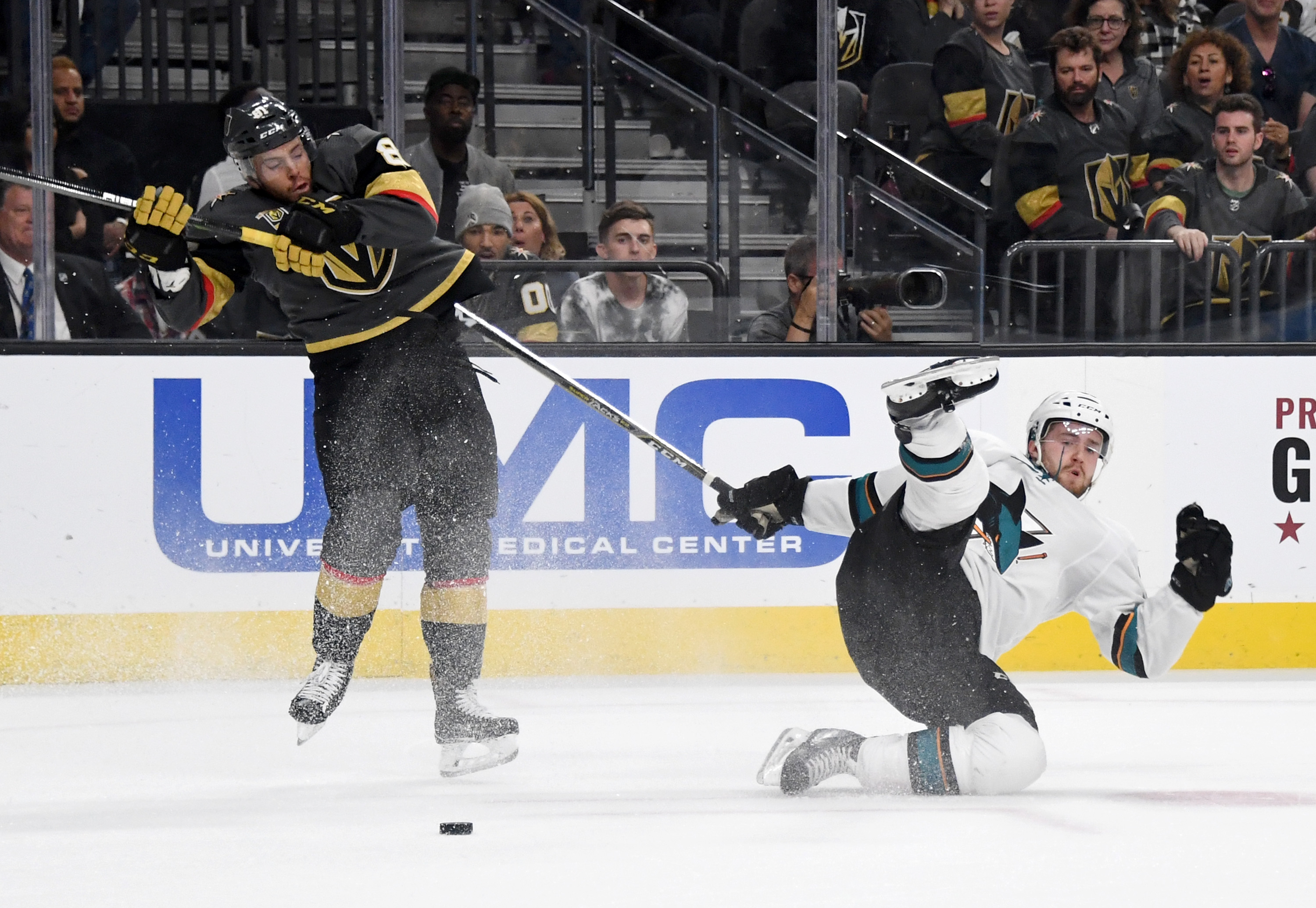 LAS VEGAS, NV - APRIL 28: Jonathan Marchessault #81 of the Vegas Golden Knights and Chris Tierney #50 of the San Jose Sharks collide in the third period of Game Two of the Western Conference Second Round during the 2018 NHL Stanley Cup Playoffs at T-Mobil