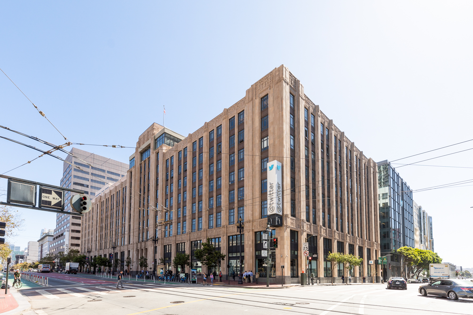Mid-Market needs to find its heart in order to become a real neighborhood