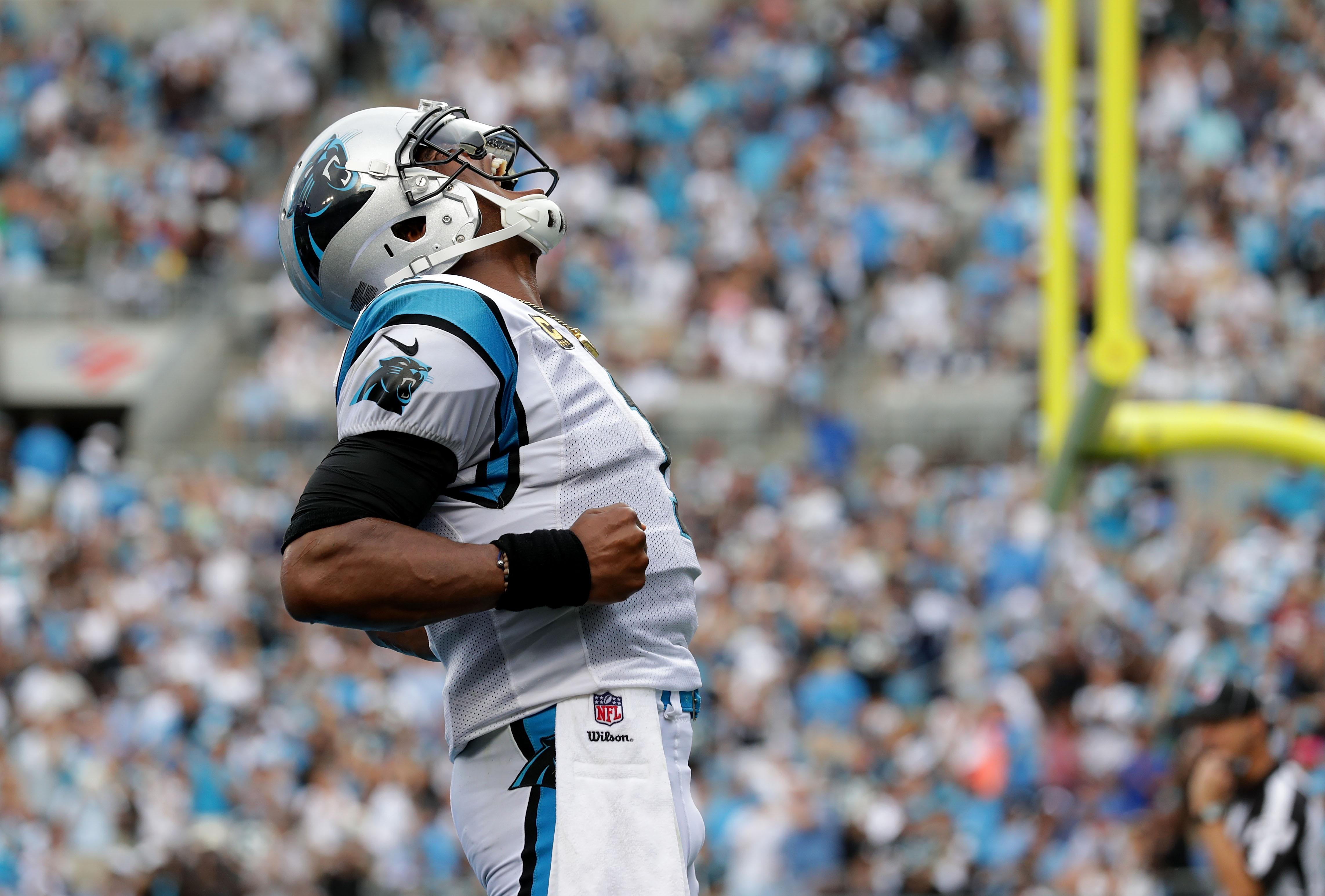 Dallas Cowboys v Carolina Panthers