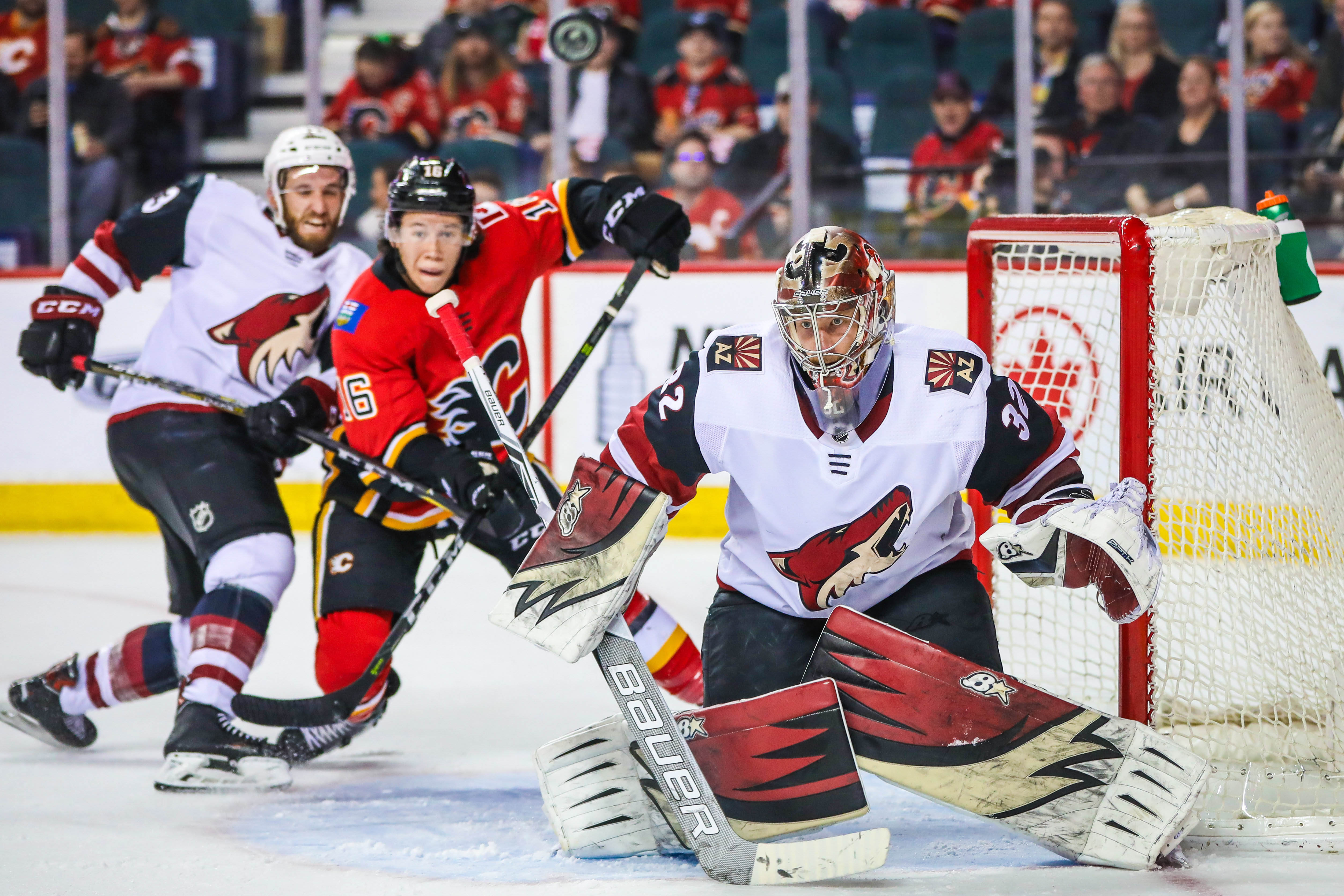 Apr 3, 2018; Calgary, Alberta, CAN; Arizona Coyotes goaltender Antti Raanta (32) guards his net against the Calgary Flames during the third period at Scotiabank Saddledome. Arizona Coyotes won 4-1.