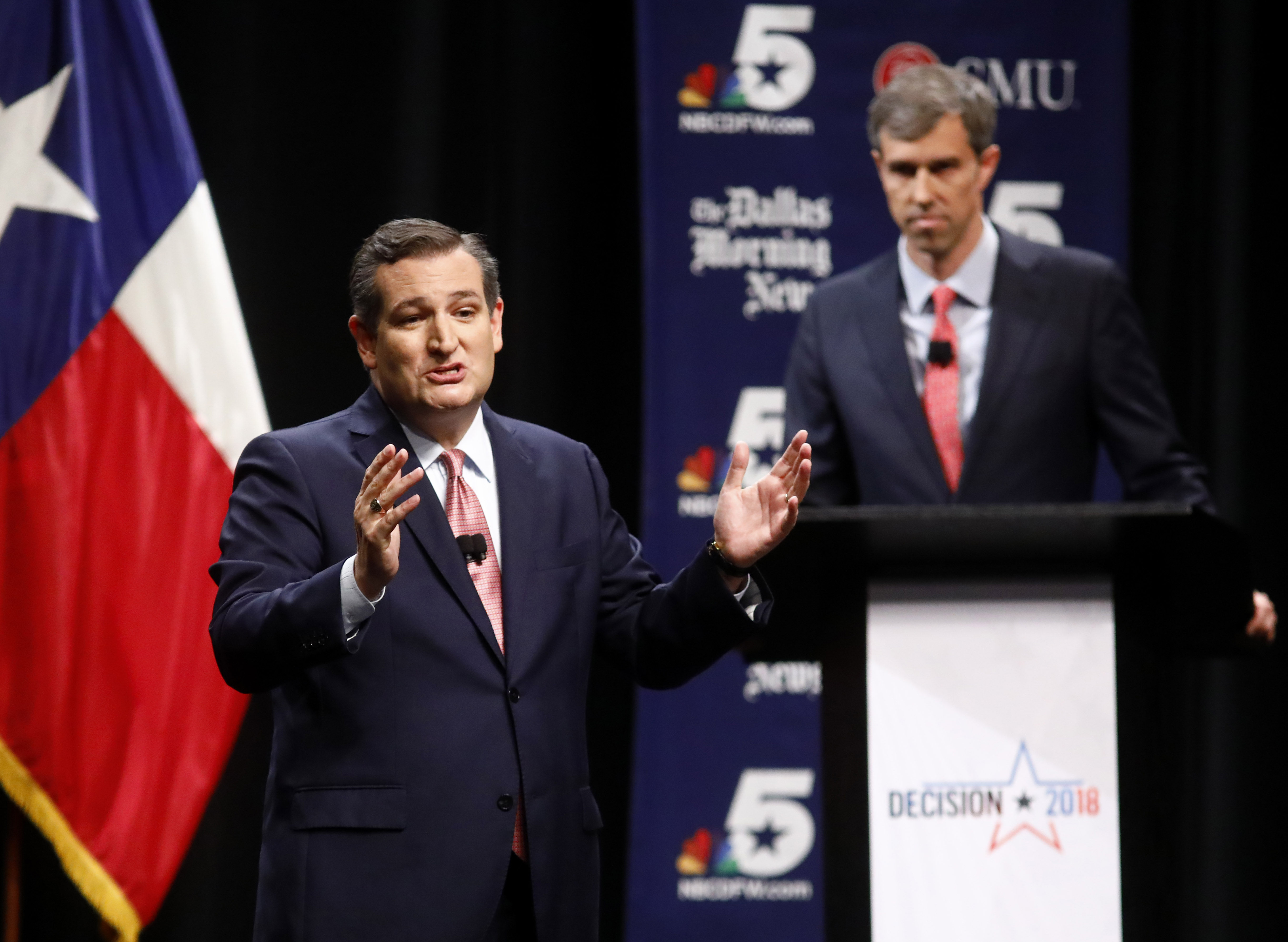 Ted Cruz tweets out viral Beto O'Rourke video in a bizarre move