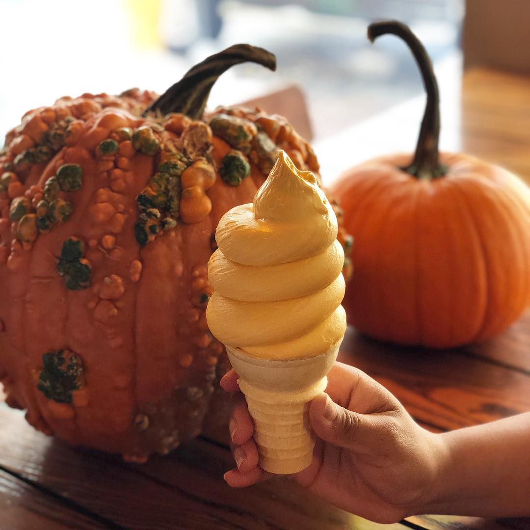 Pumpkin spice soft serve at Jaho