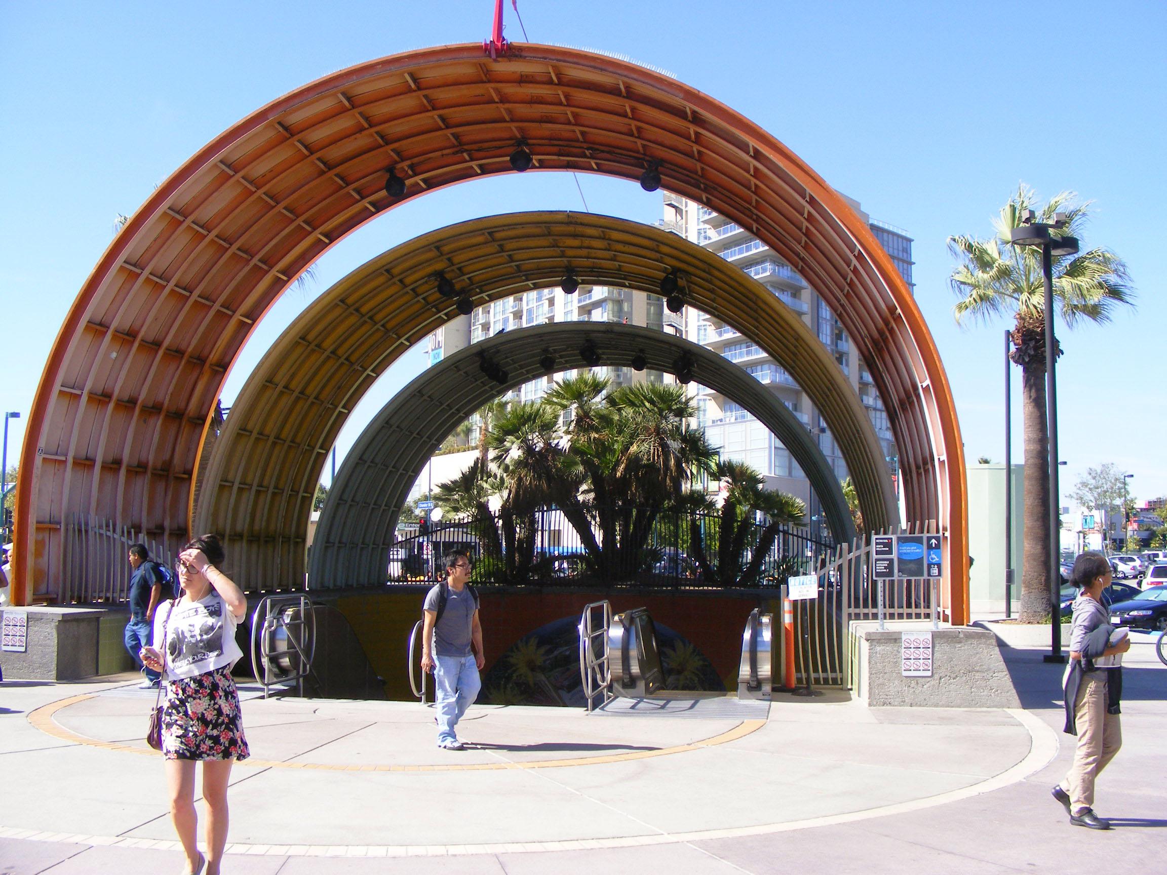 North Hollywood Metro stop