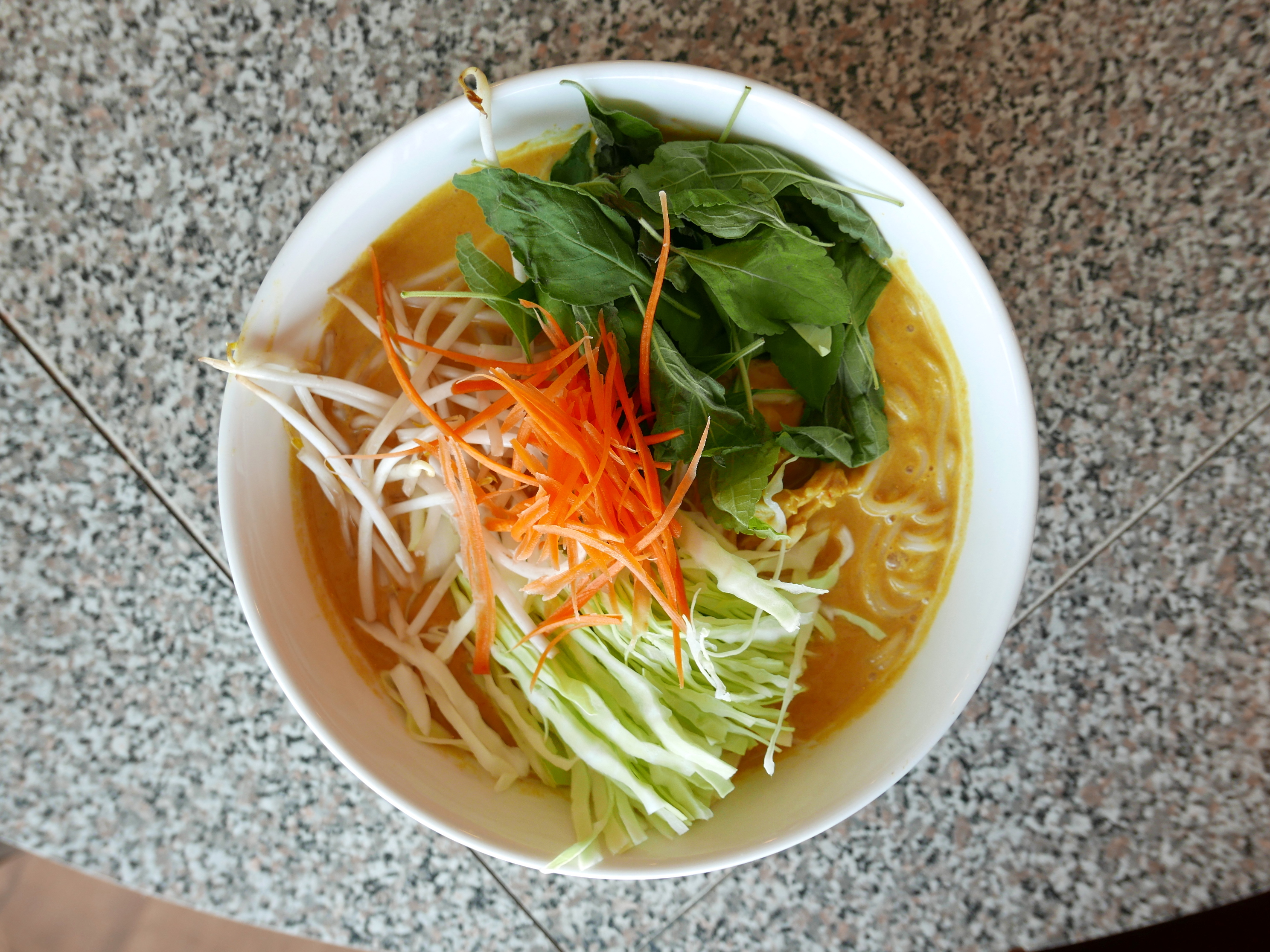 LA's Only Laotian Restaurant Serves Soulful Curry Noodles That Pack a Punch