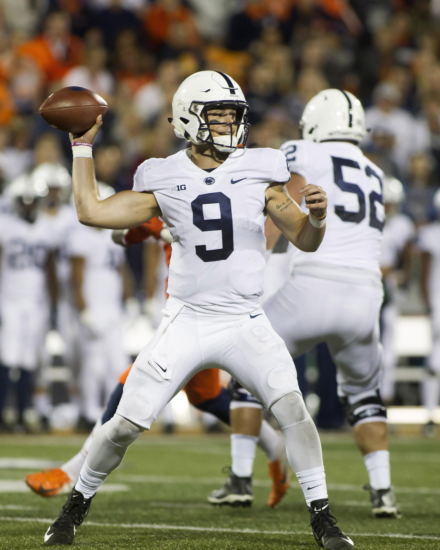 NCAA Football: Penn State at Illinois