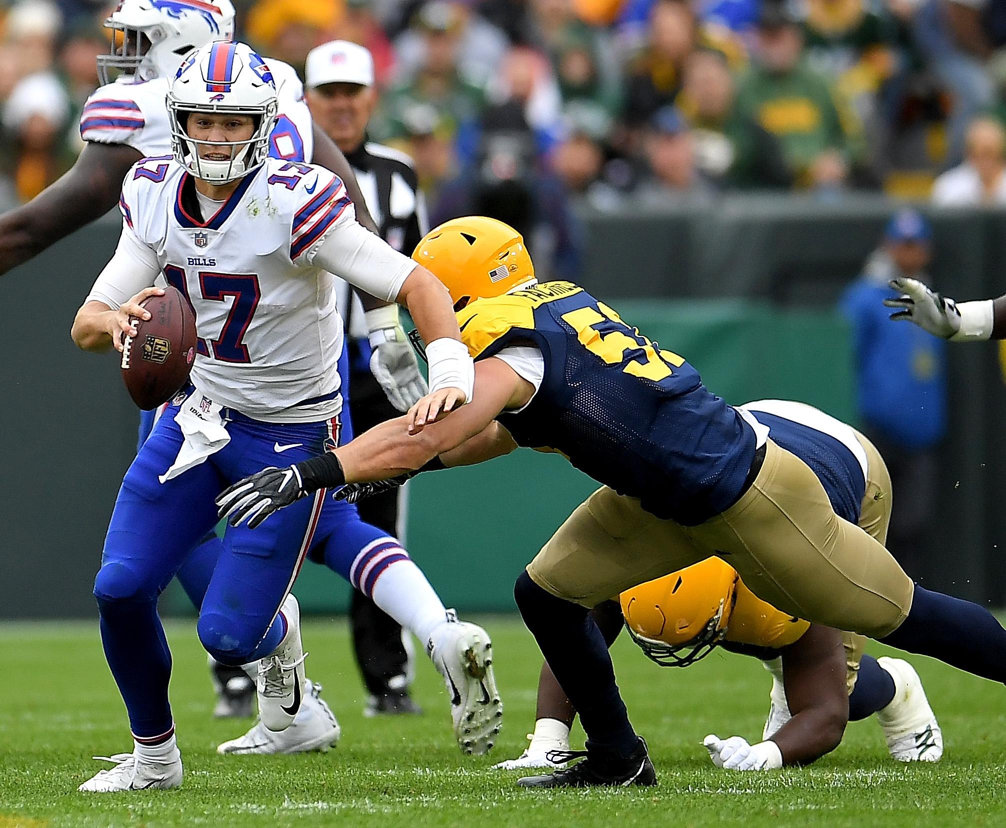 Buffalo Bills v Green Bay Packers