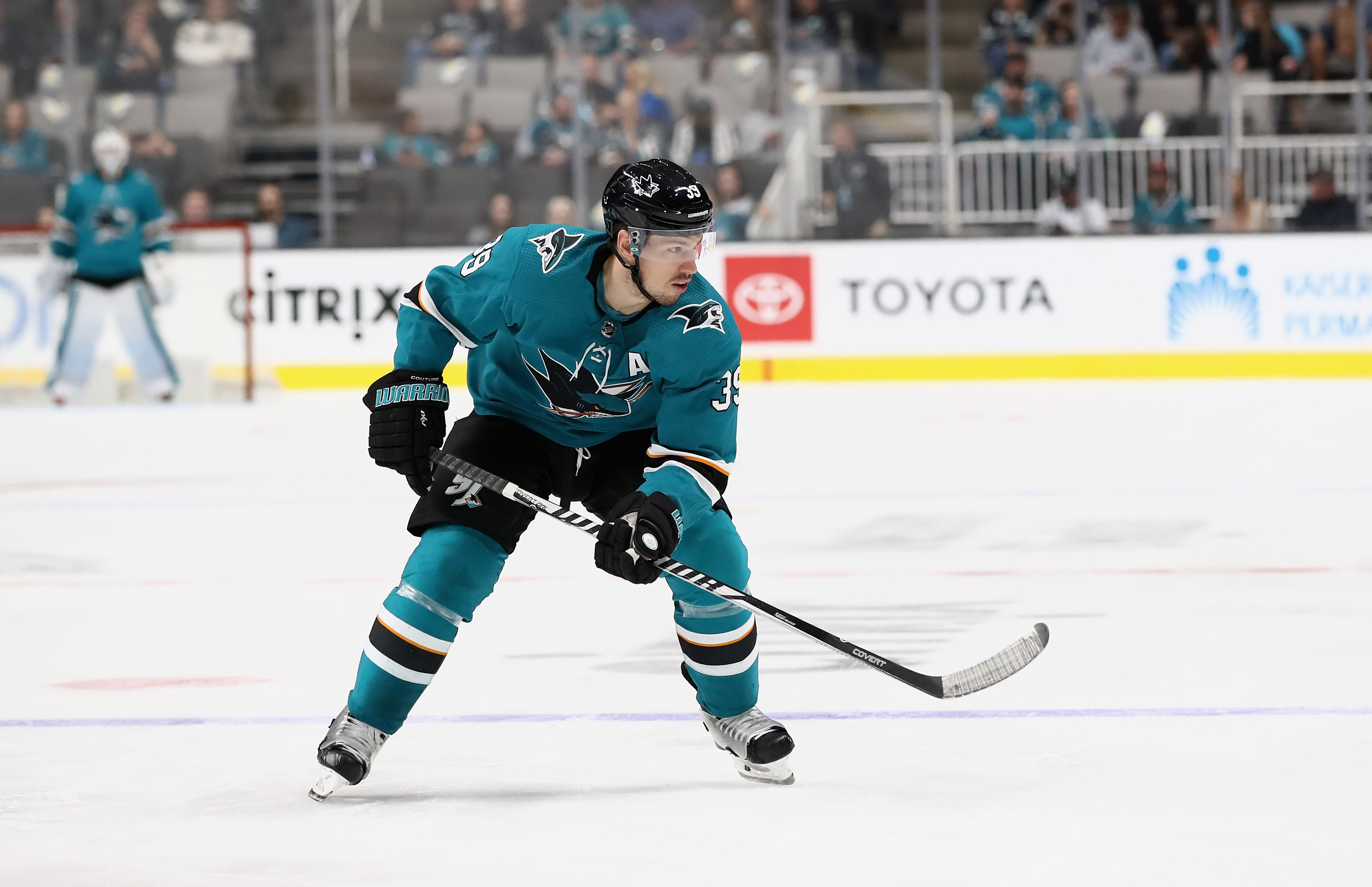 SAN JOSE, CA - SEPTEMBER 27: Logan Couture #39 of the San Jose Sharks in action against the Calgary Flames during their preseason game at SAP Center on September 27, 2018 in San Jose, California.