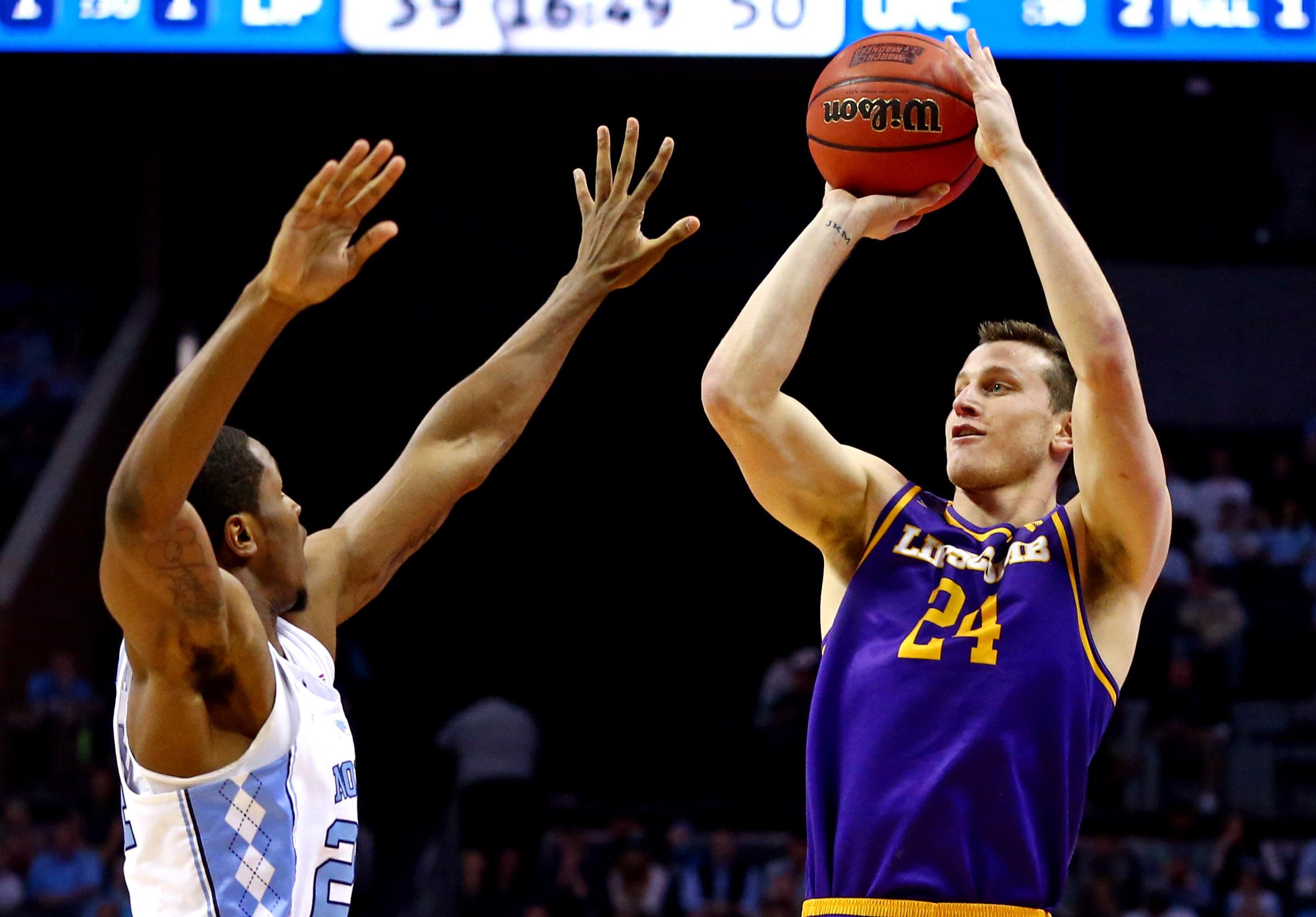 NCAA Basketball: NCAA Tournament-First Round-North Carolina vs Lipscomb