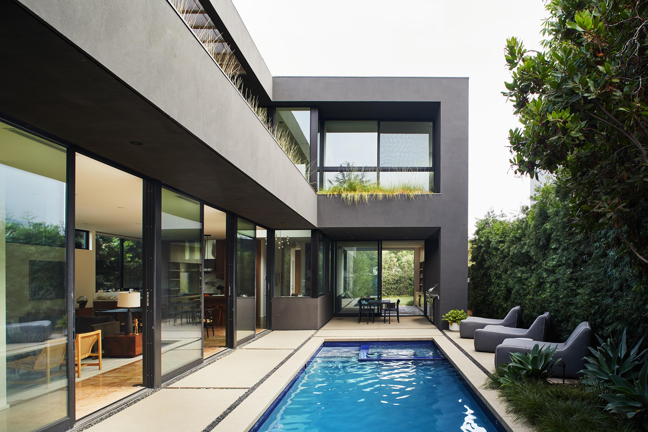 Boarding House Design Phi Html on