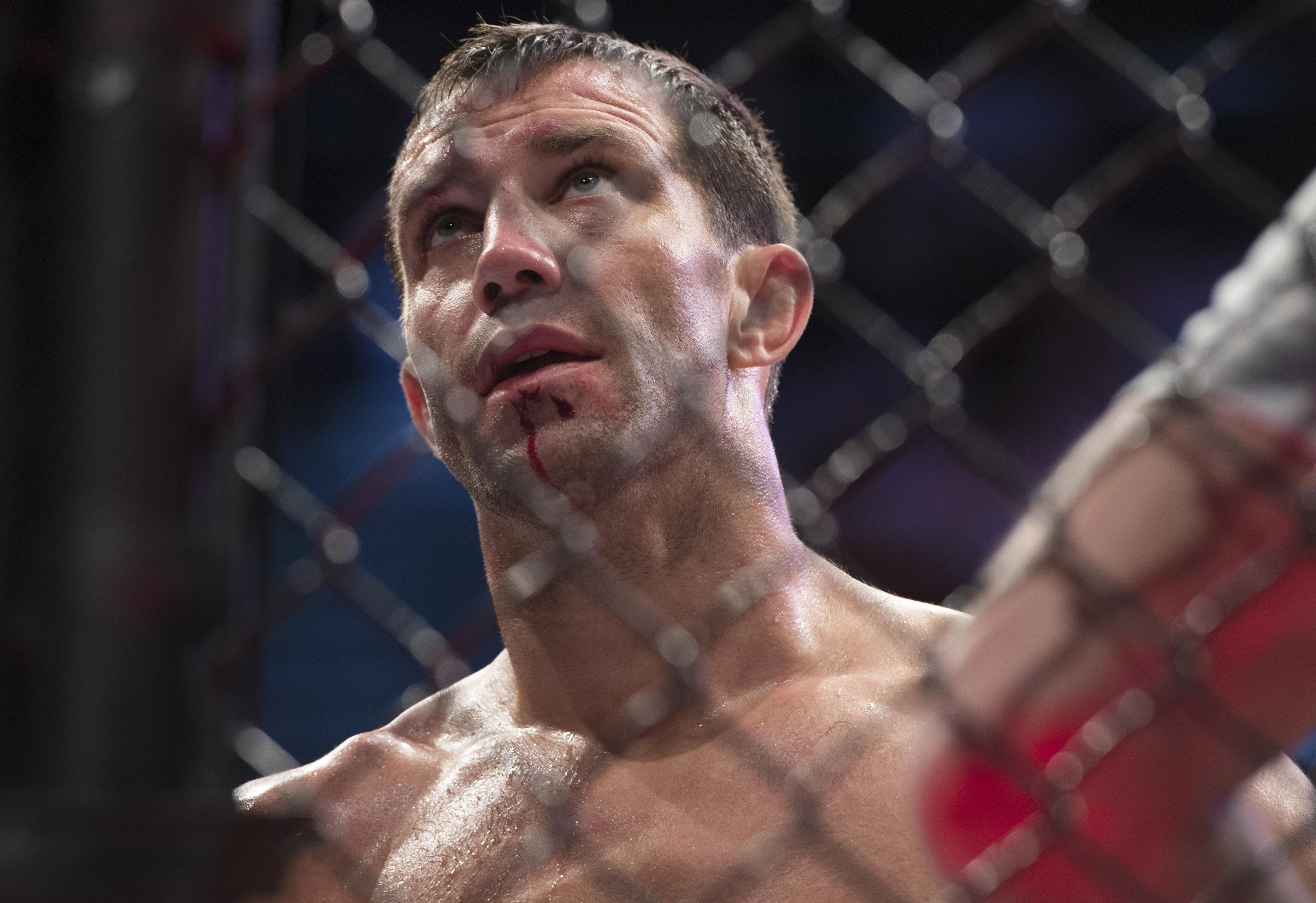 MMA: UFC 221-Rockhold vs Romero