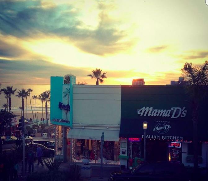 Mama D's restaurant in Hermosa Beach