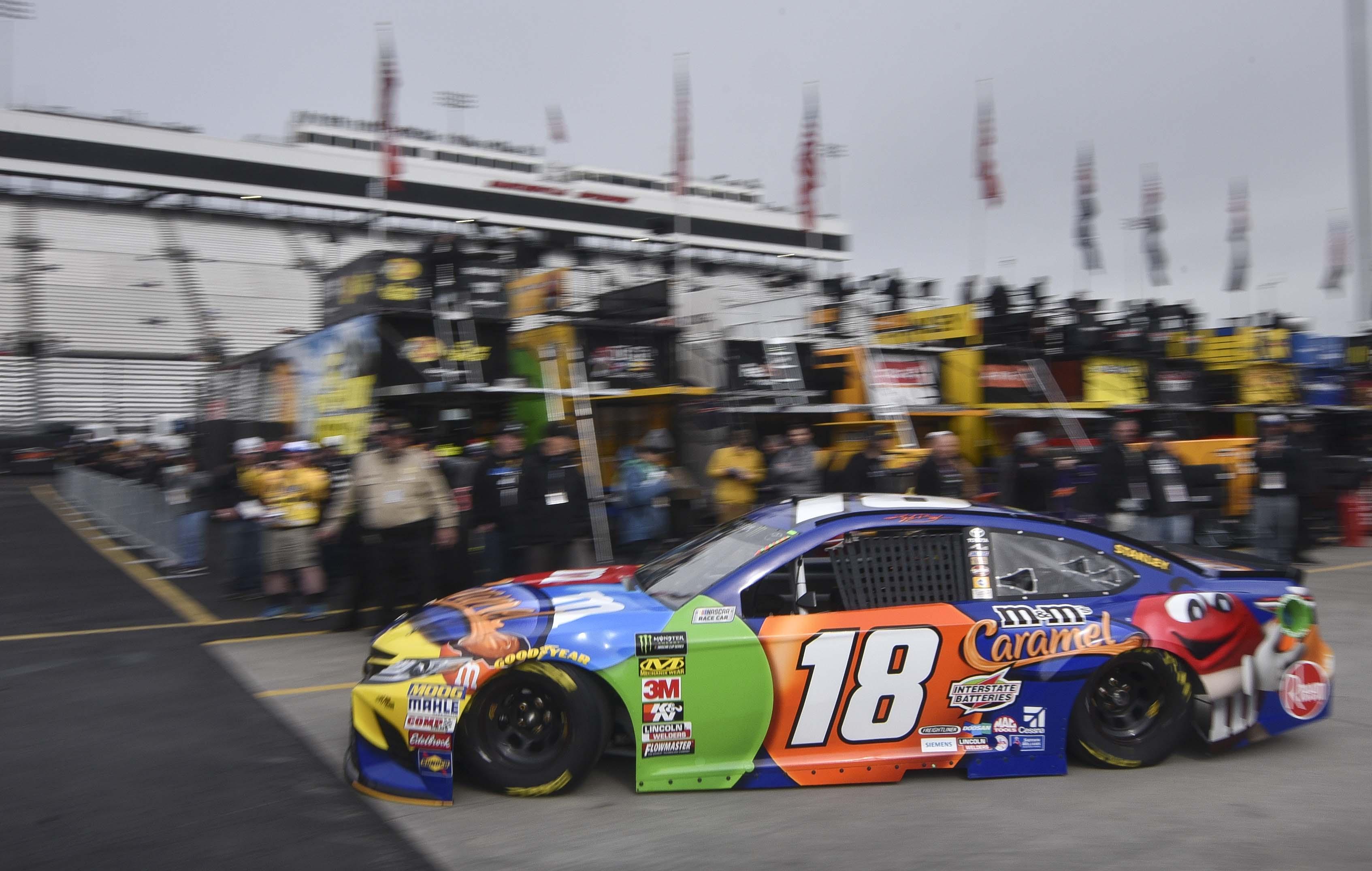 NASCAR: STP 500-Practice