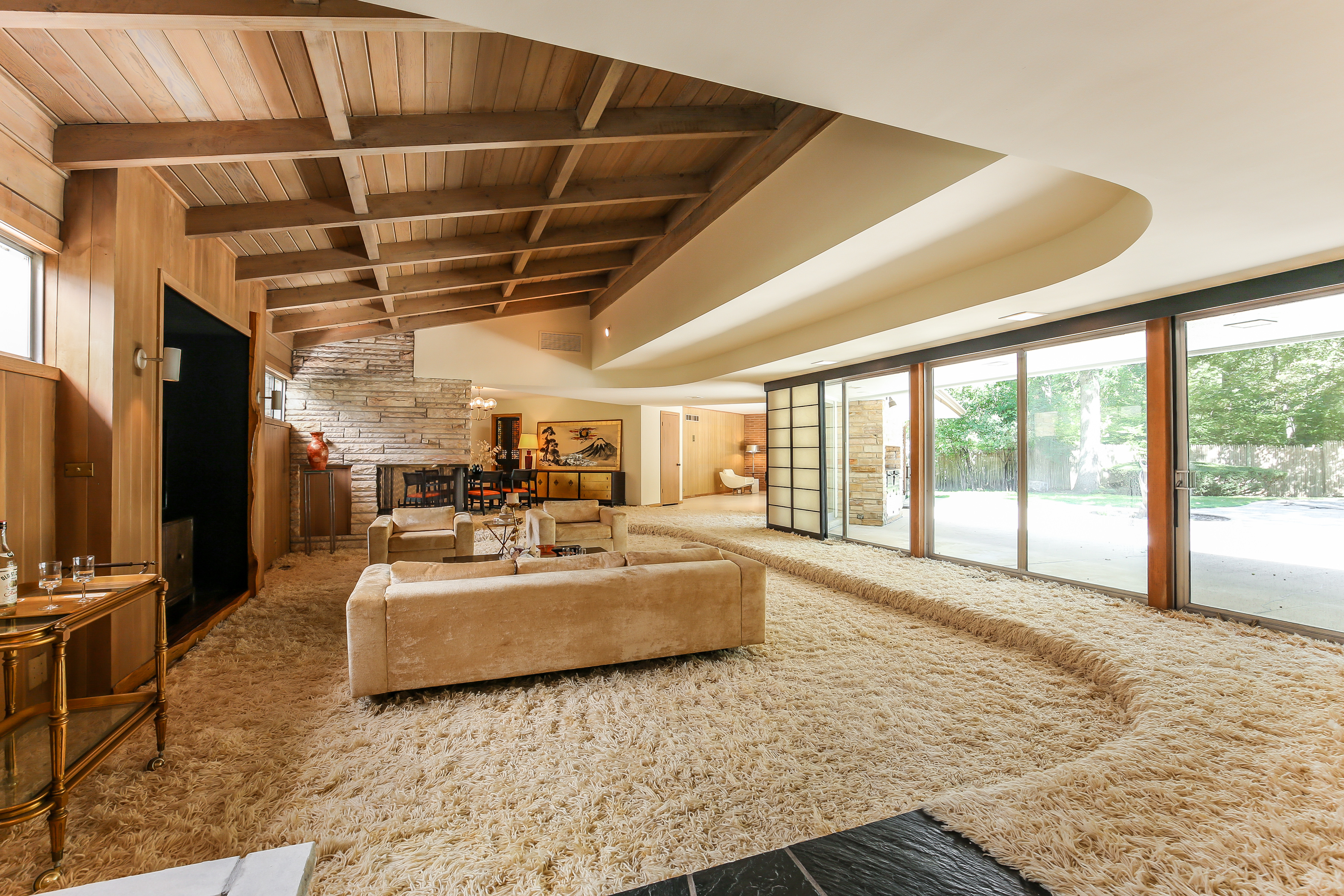 Own This Midcentury Lake Forest Ranch With A Sunken Living Room For 1 1m