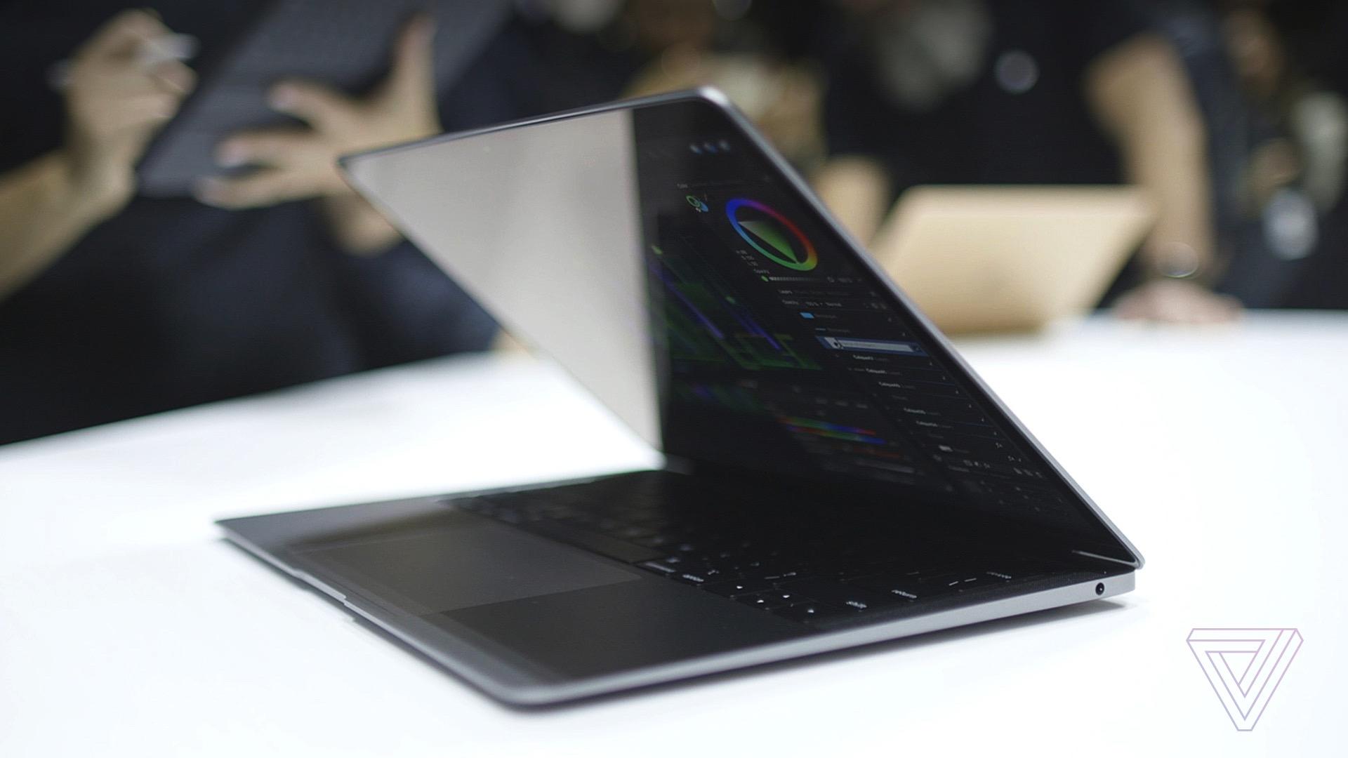 Apple MacBook Air 2018 vs Macbook Pro: specs comparison