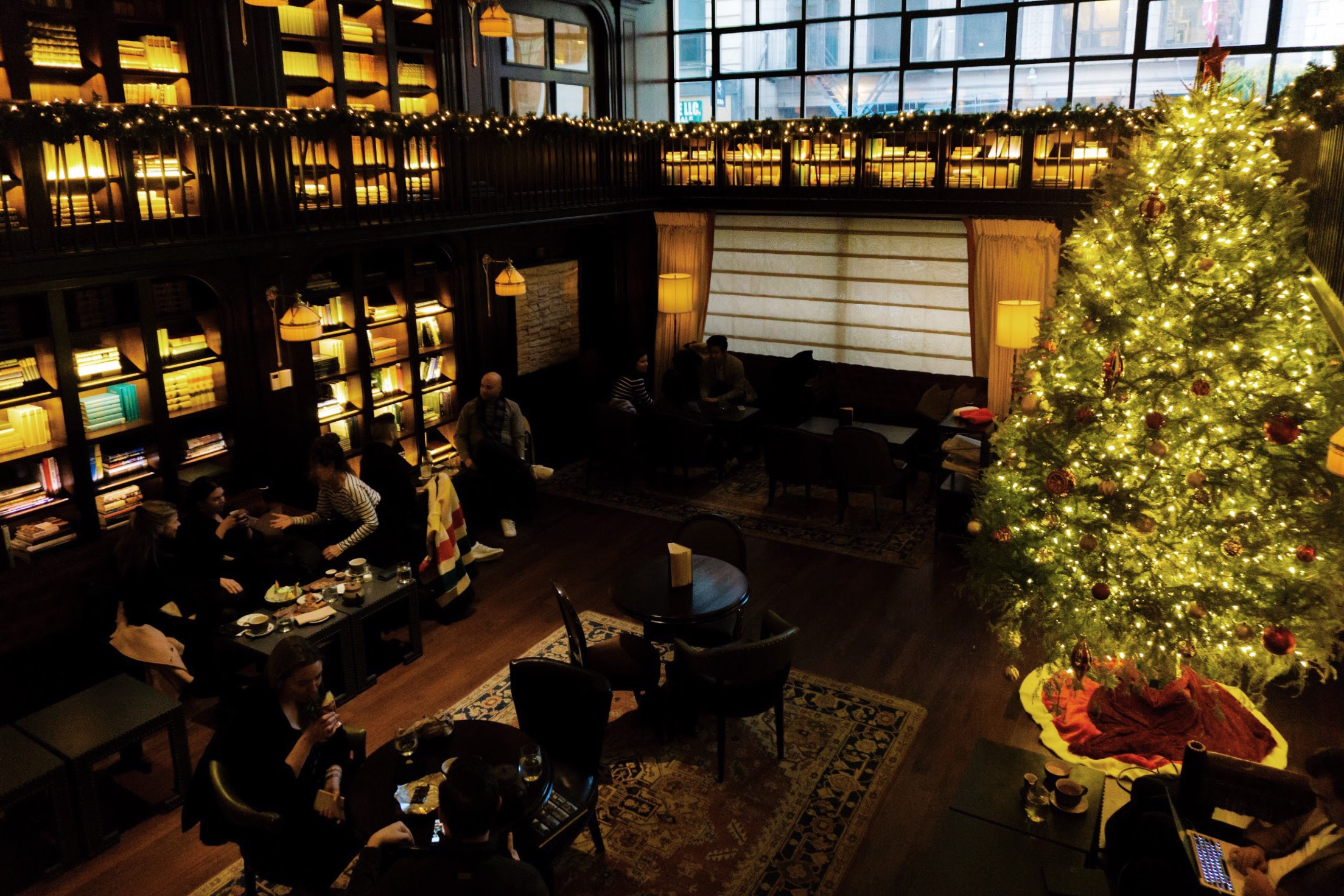 45ae33a4c6c 18 NYC Restaurants With Holiday Decorations - Eater NY