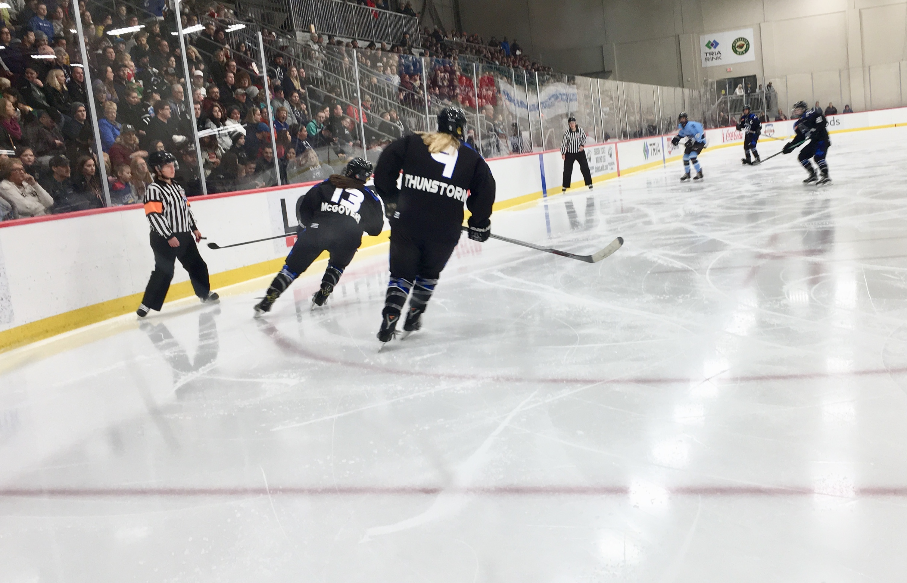 Women - Duluth Bulldogs Unable To Stop Minnesota Whitecaps Wave