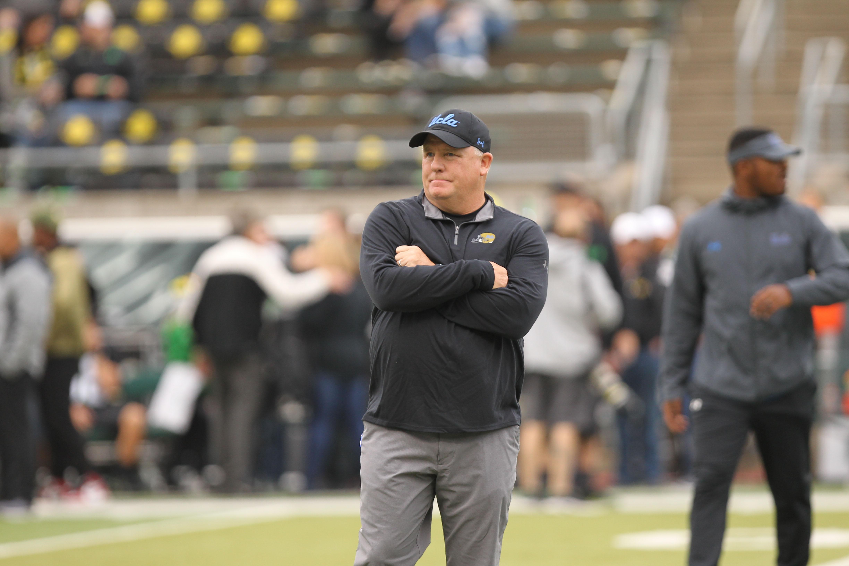 NCAA Football: UCLA at Oregon
