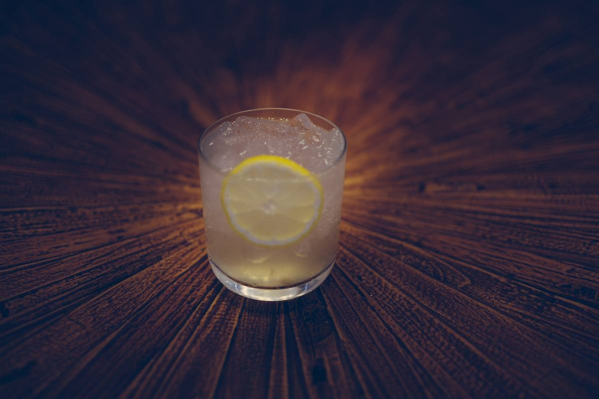 Parlor cocktail den in Castleberry Hill