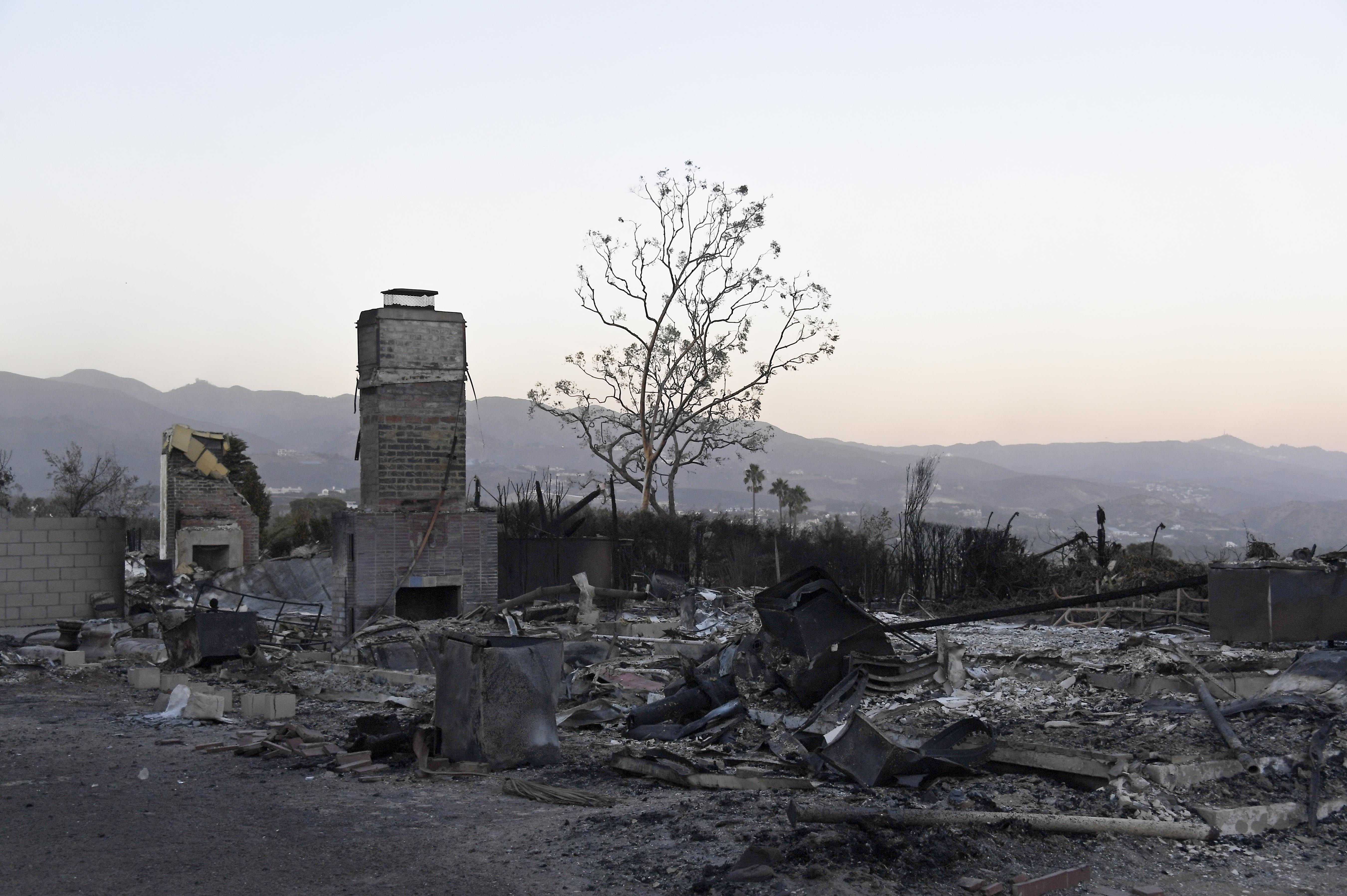 A Totally Incomplete History Of Trouble At The Chateau Marmont Murdered Out 1955 Cadillac Woolsey Fire Containment Grows To 69 Percent Tally Buildings Destroyed Tops 600