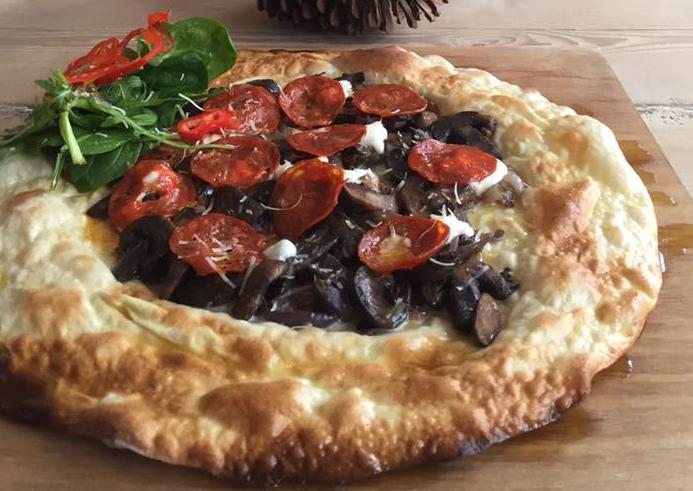 Forgotten Bohemian Pizzeria Returns to London After Pastoral Hiatus