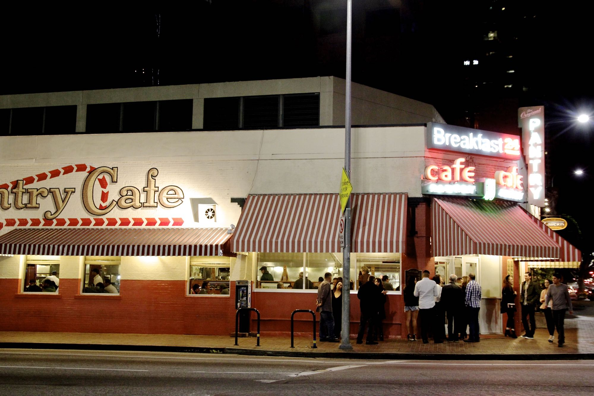 Las Essential Late Night Dining Restaurants 2018