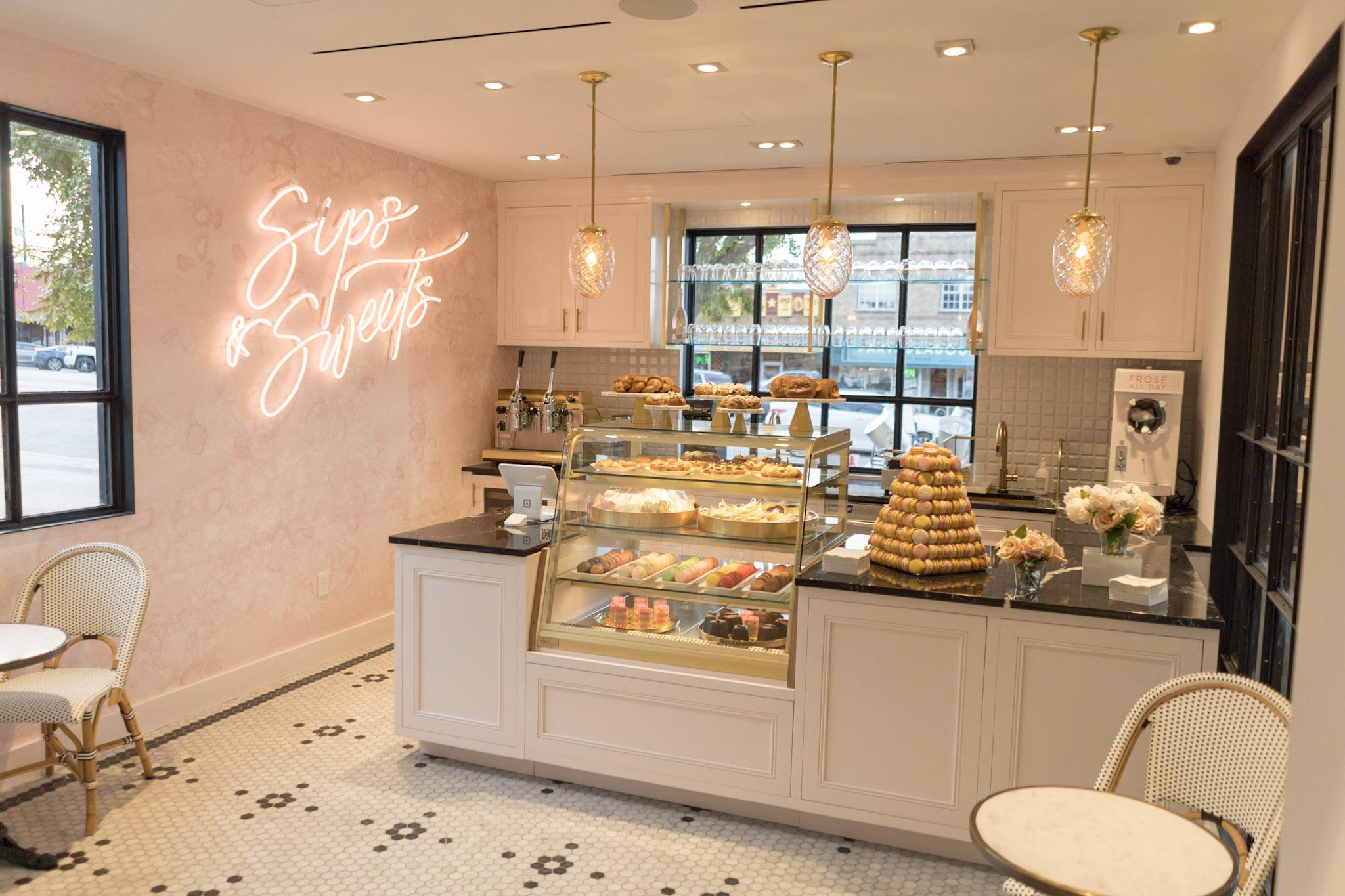 Inside Kendra Scott's cafe, Sips & Sweets