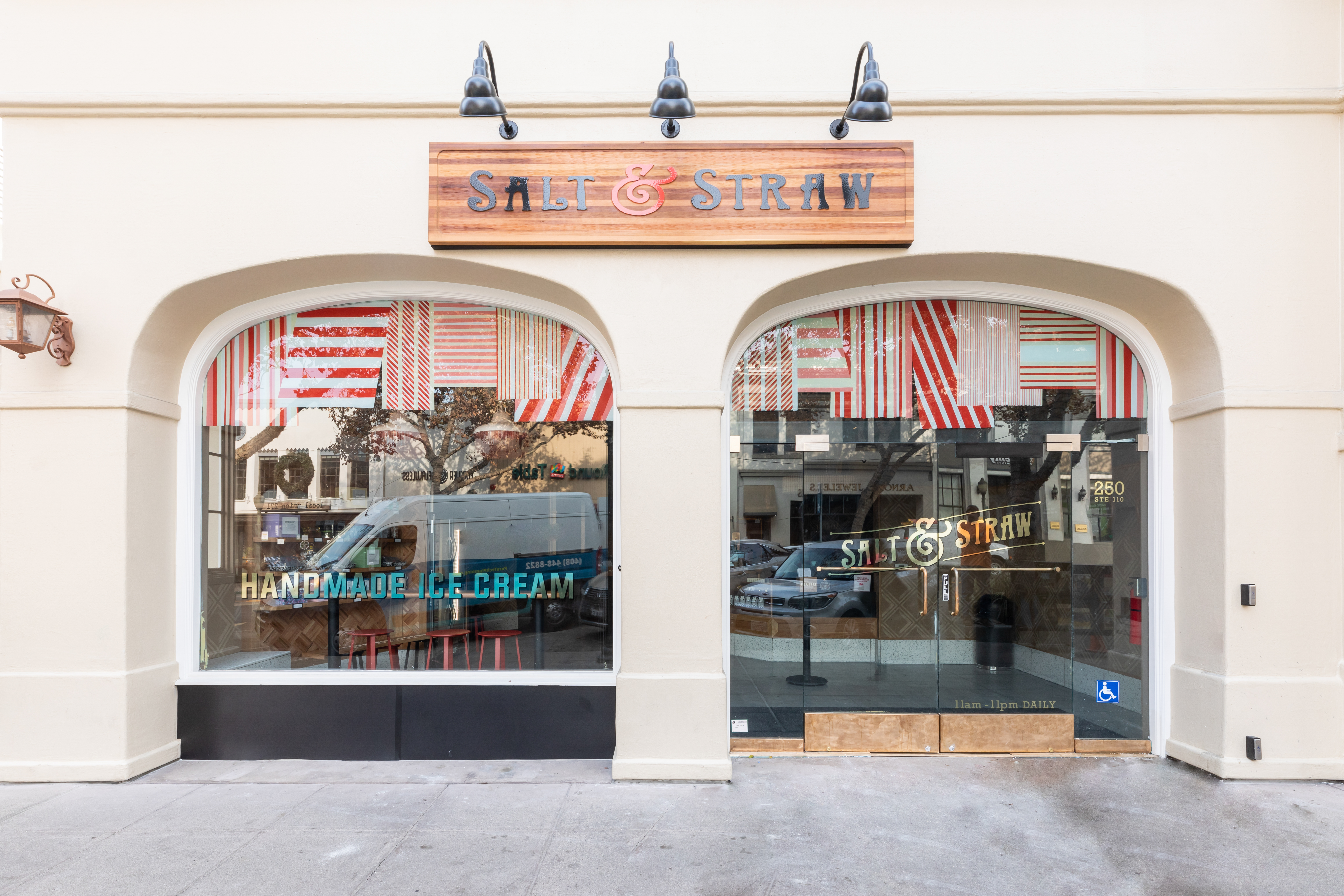Salt & Straw Arrives in Palo Alto With Eclectic Holiday Ice Cream Flavors