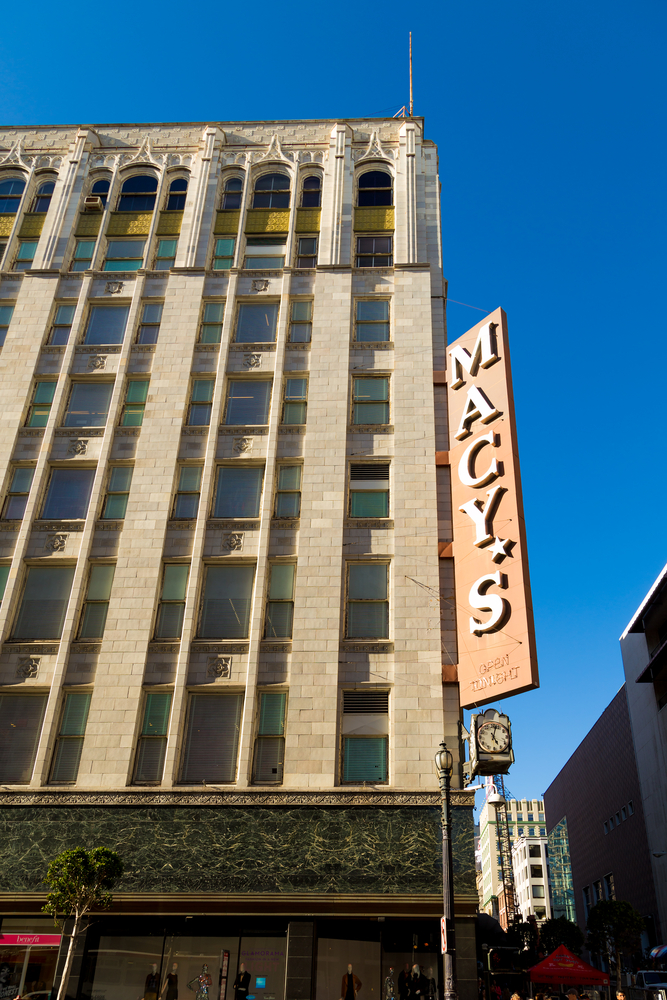 A vertical Macy's sign in San Francisco.
