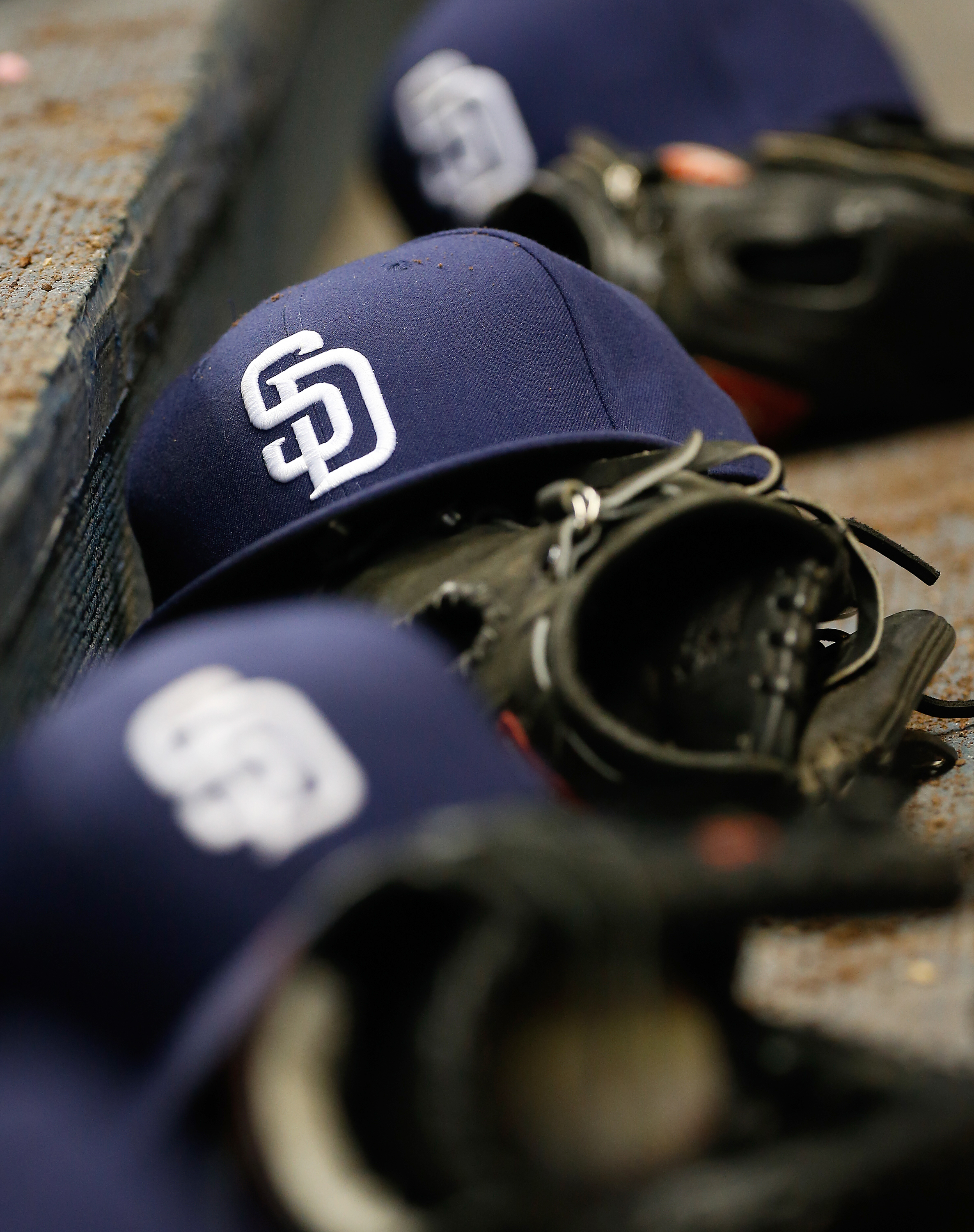 71e1c60fd2b Seven Padres prospects added to 40-man roster