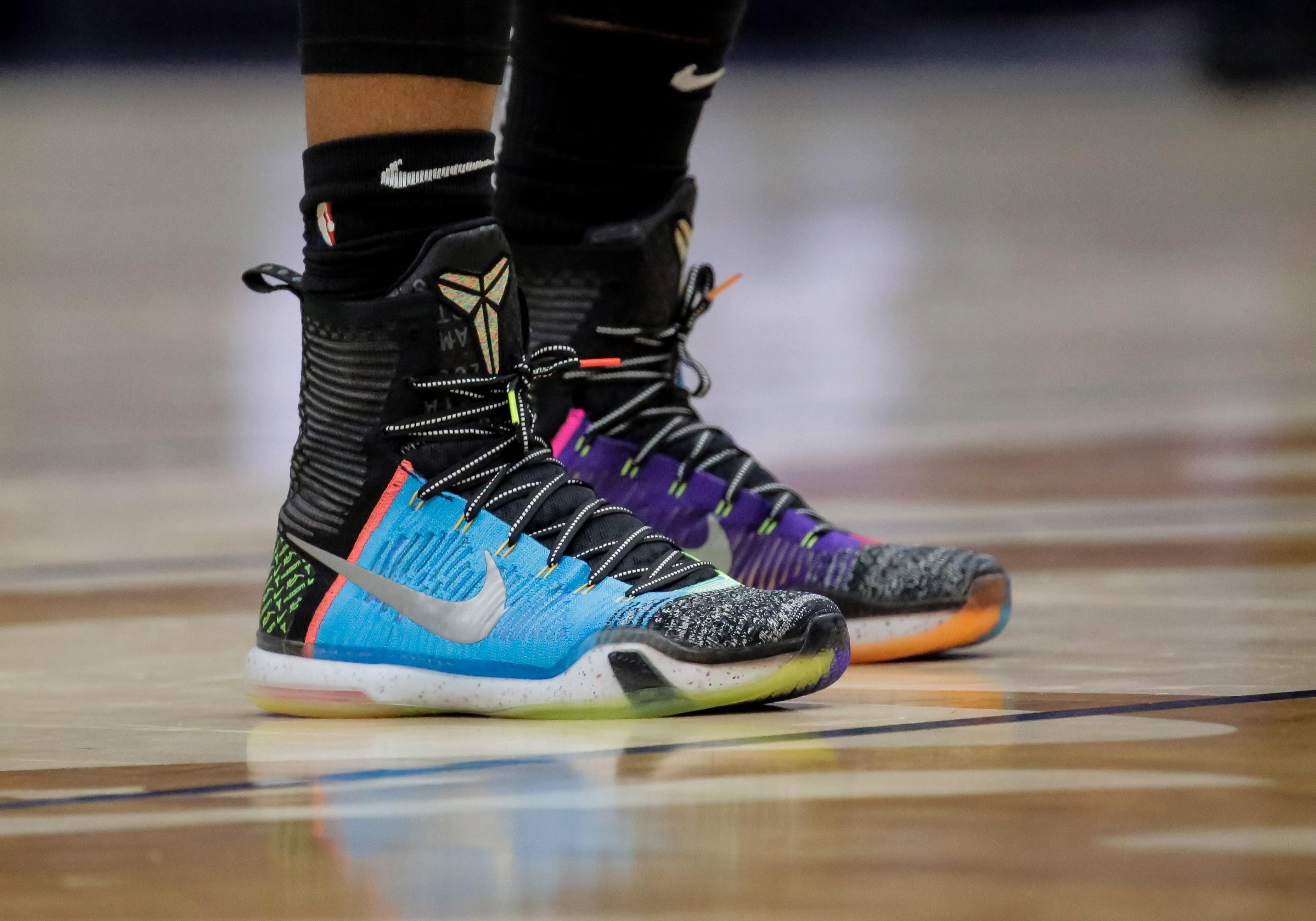 """Spurs Sneaker Spotlight  DeMar DeRozan s """"What the"""" 181eace0a"""