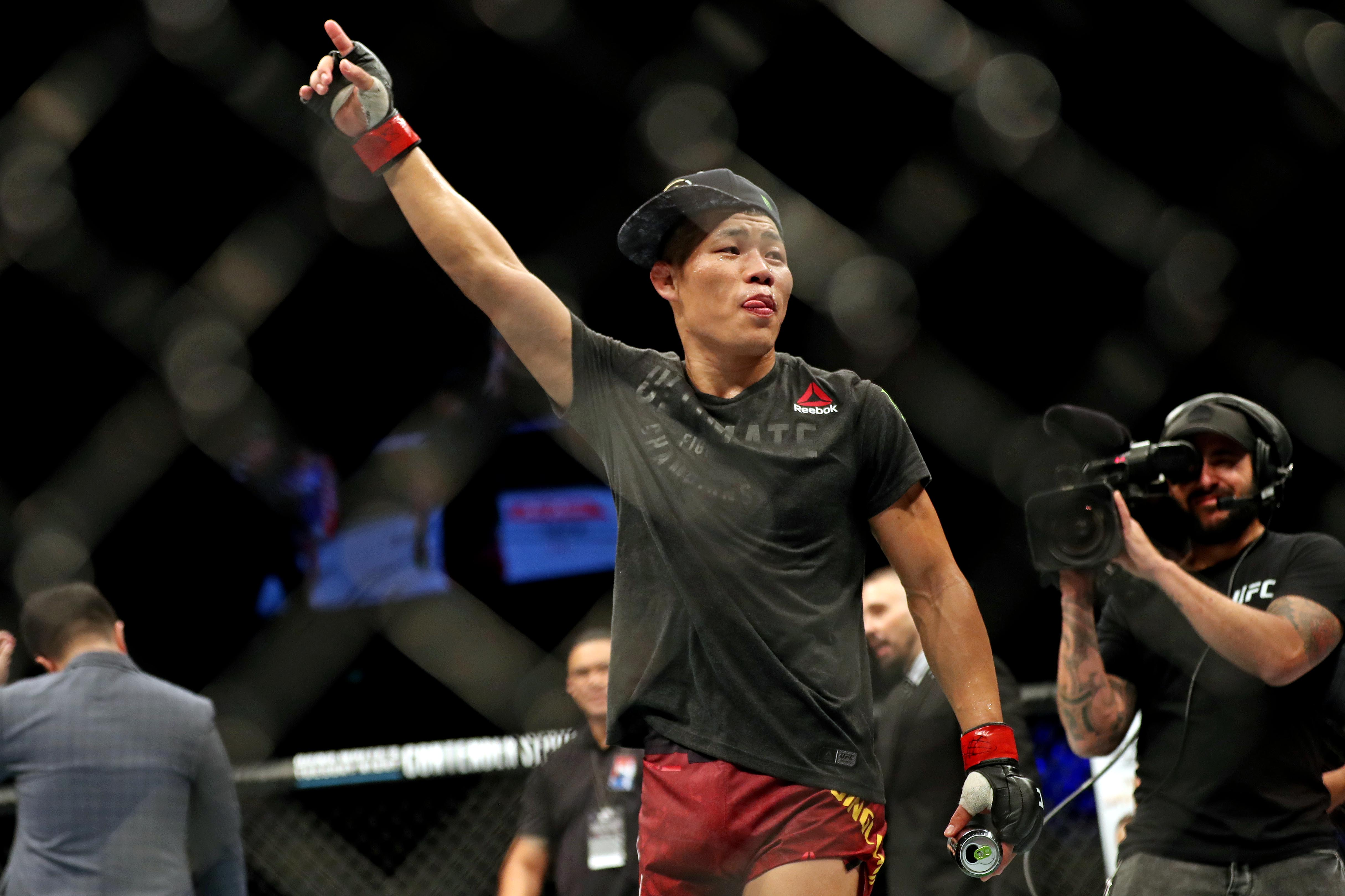 MMA: UFC Fight Night-Singapore-Jingliang vs Abe