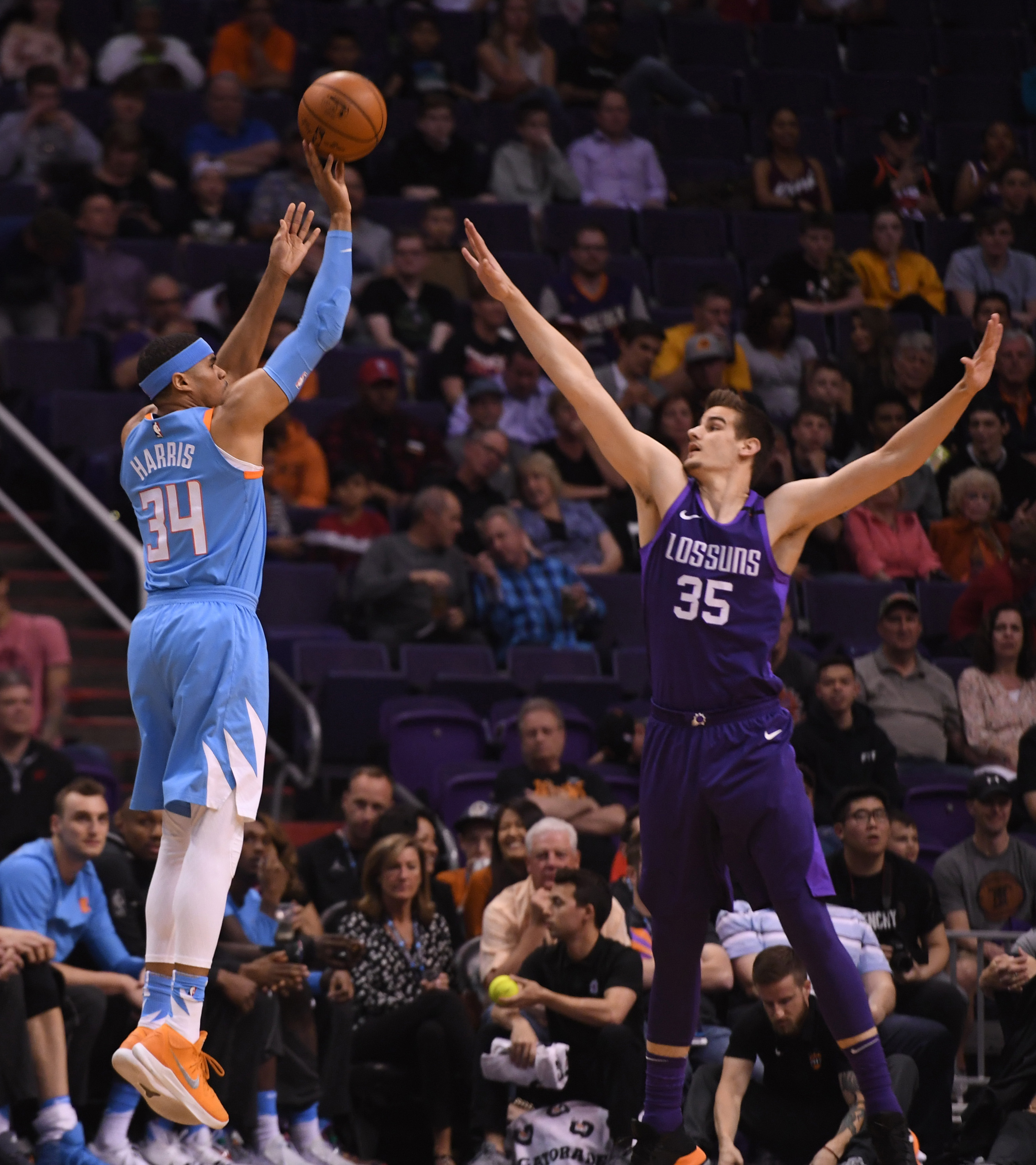Clippers Vs. Suns Preview  No Surprises Please - Clips Nation 13ddc65ca