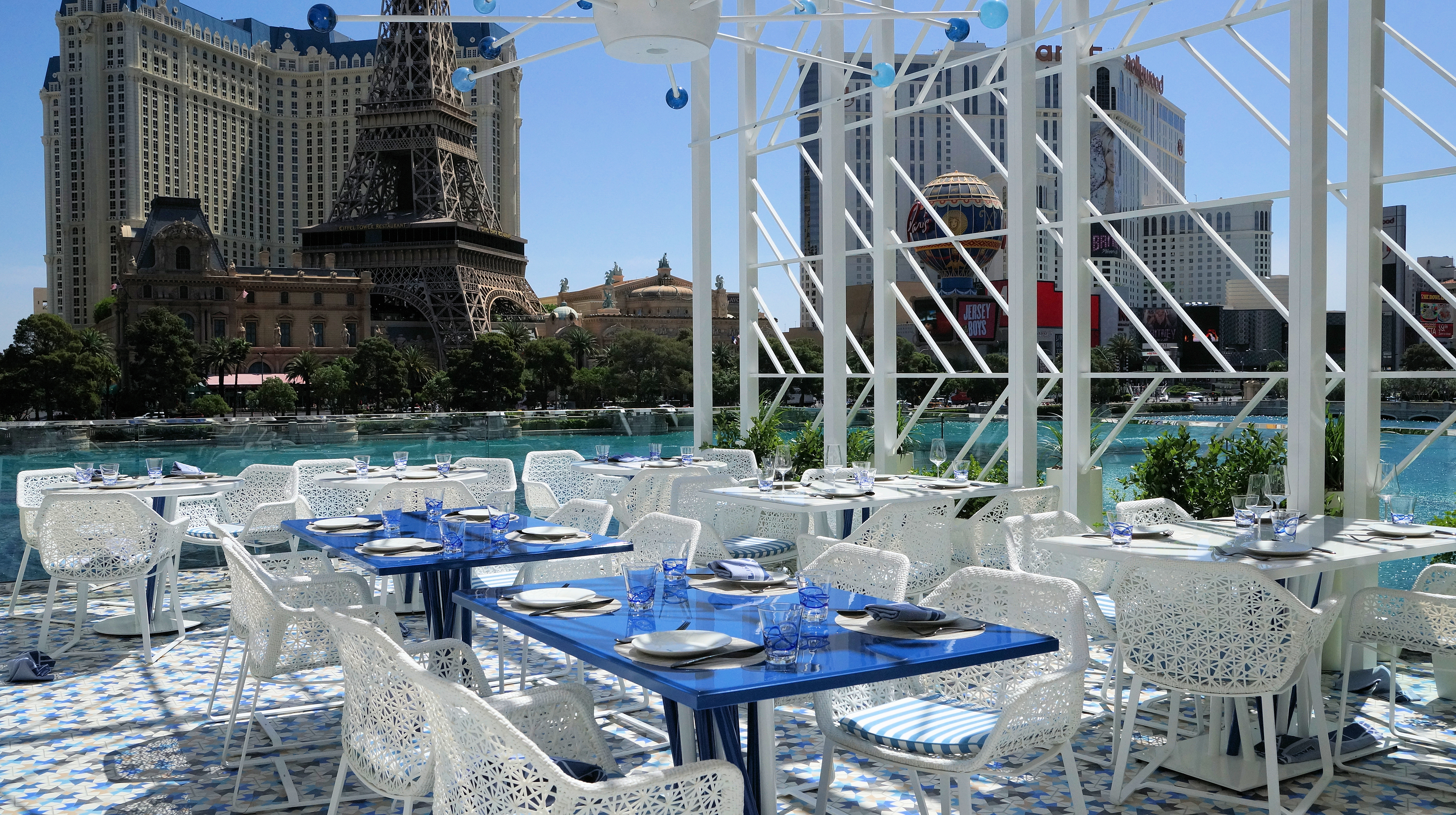 The Hottest New Outdoor Dining Spots In Las Vegas