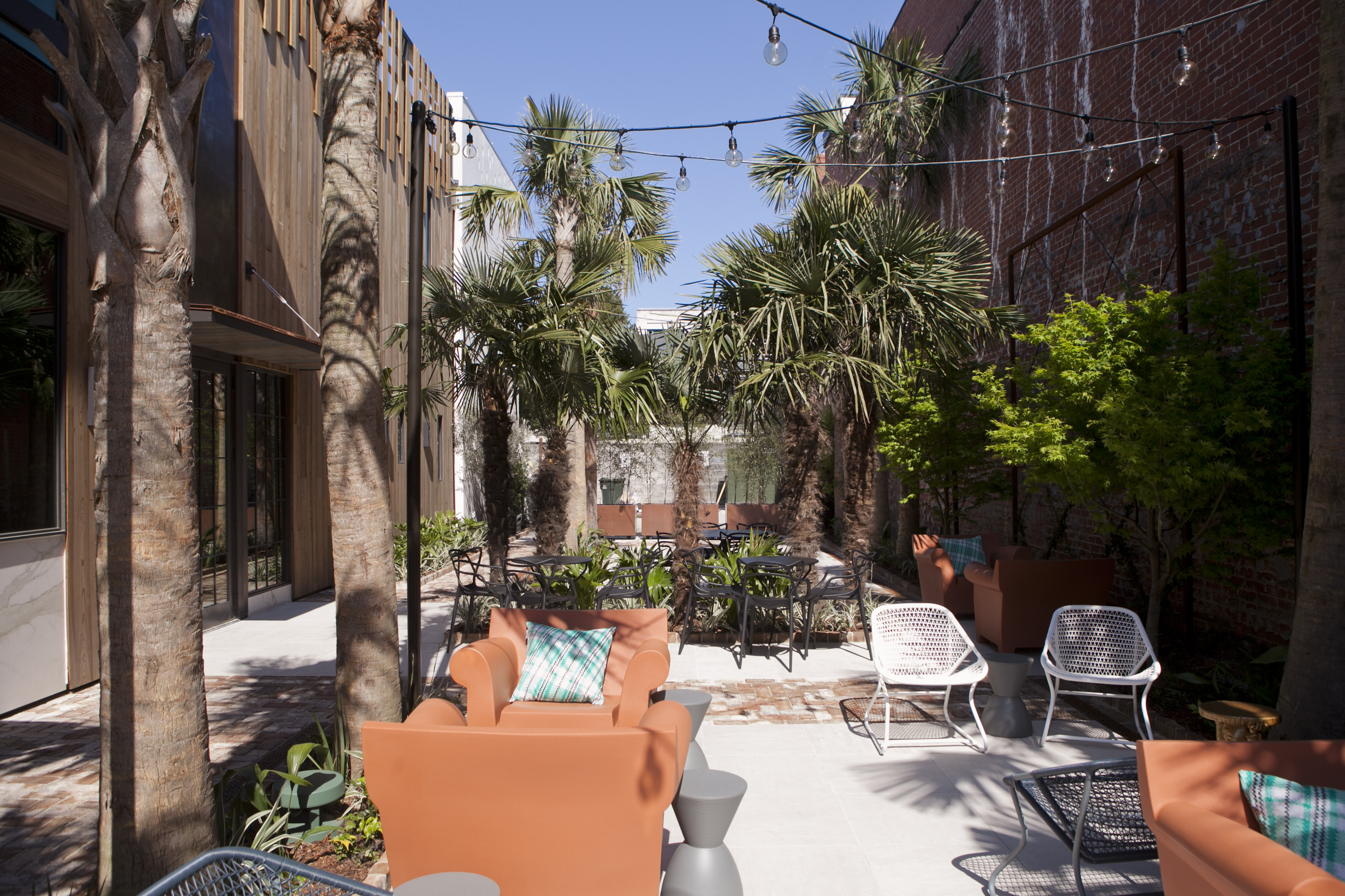 Restaurants With Outdoor Seating Charleston Sc