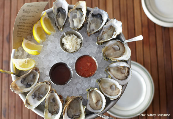 16 Splendid Seafood Restaurants To Try In Los Angeles