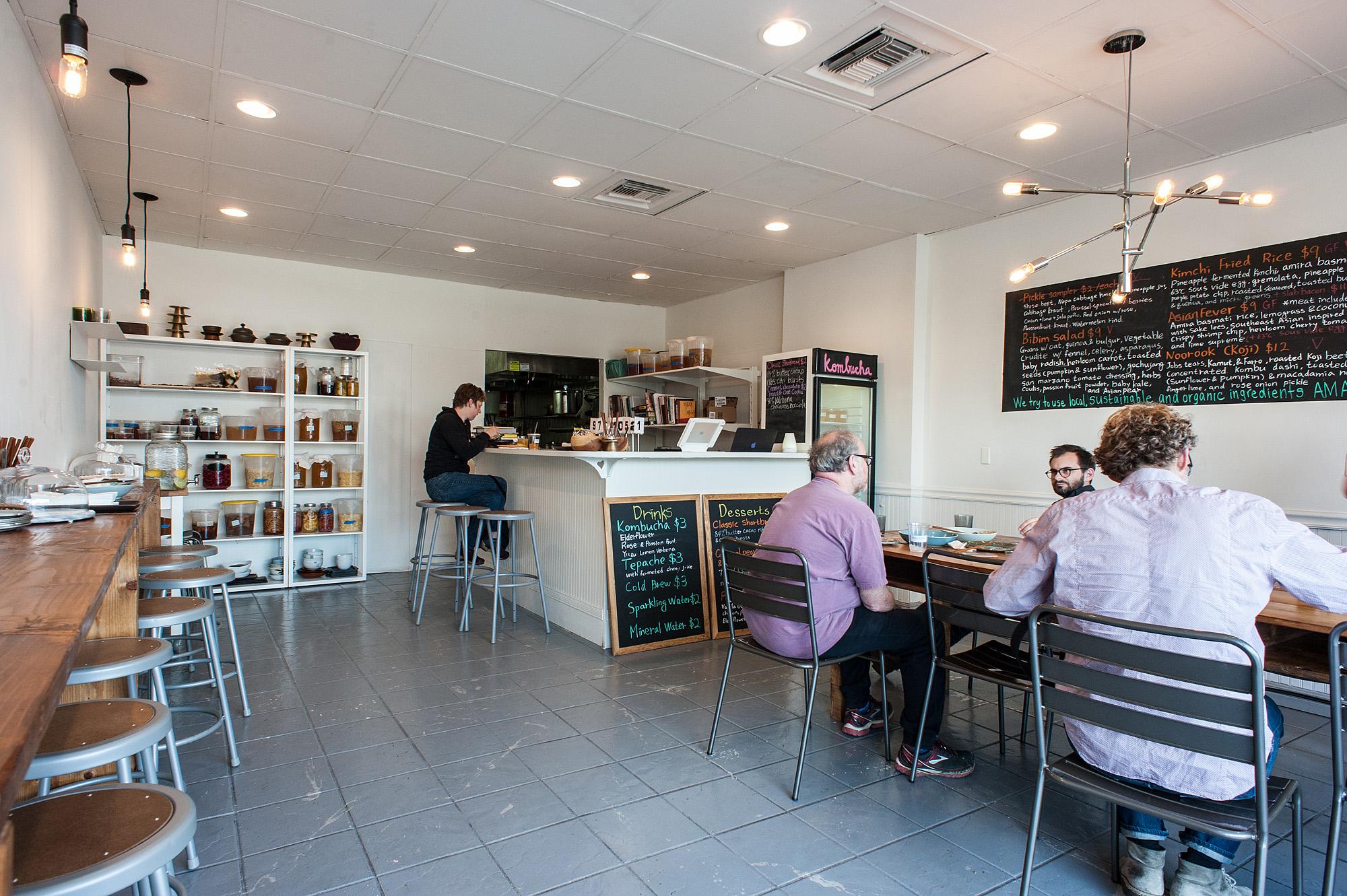 The Most Special Hidden Gem Restaurants In Los Angeles
