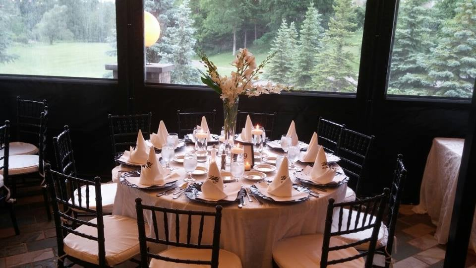 A Guide To Last Minute Christmas Dinner Reservations In Metro Detroit