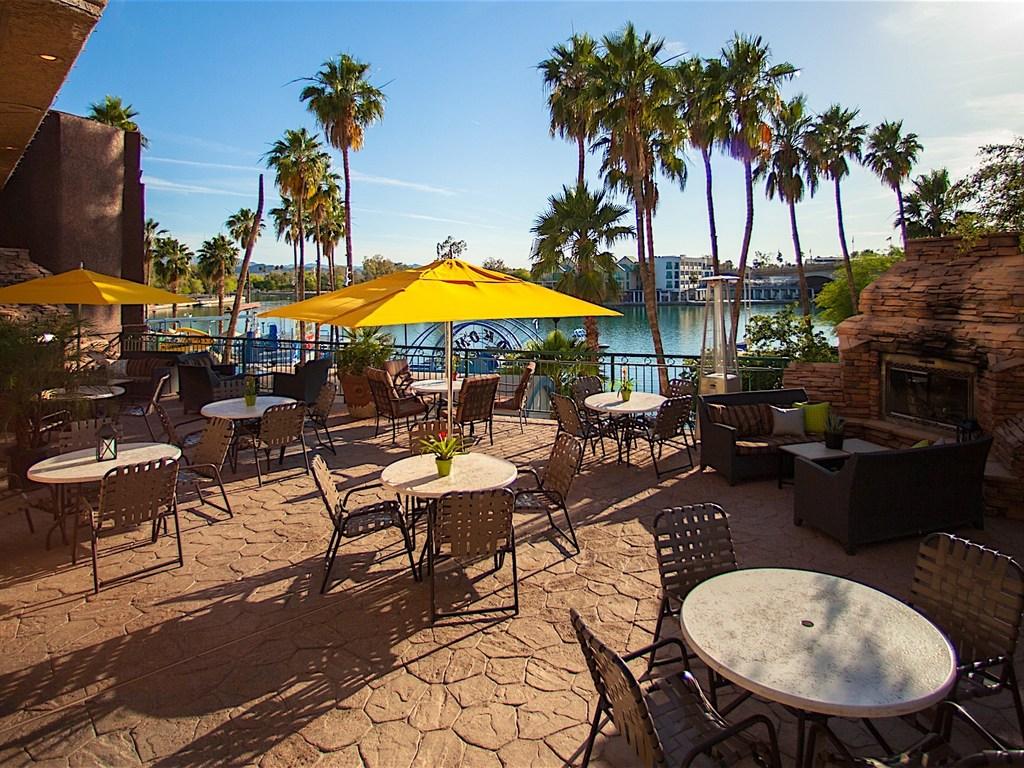 Dine Waterside At These Lake Havasu Restaurants